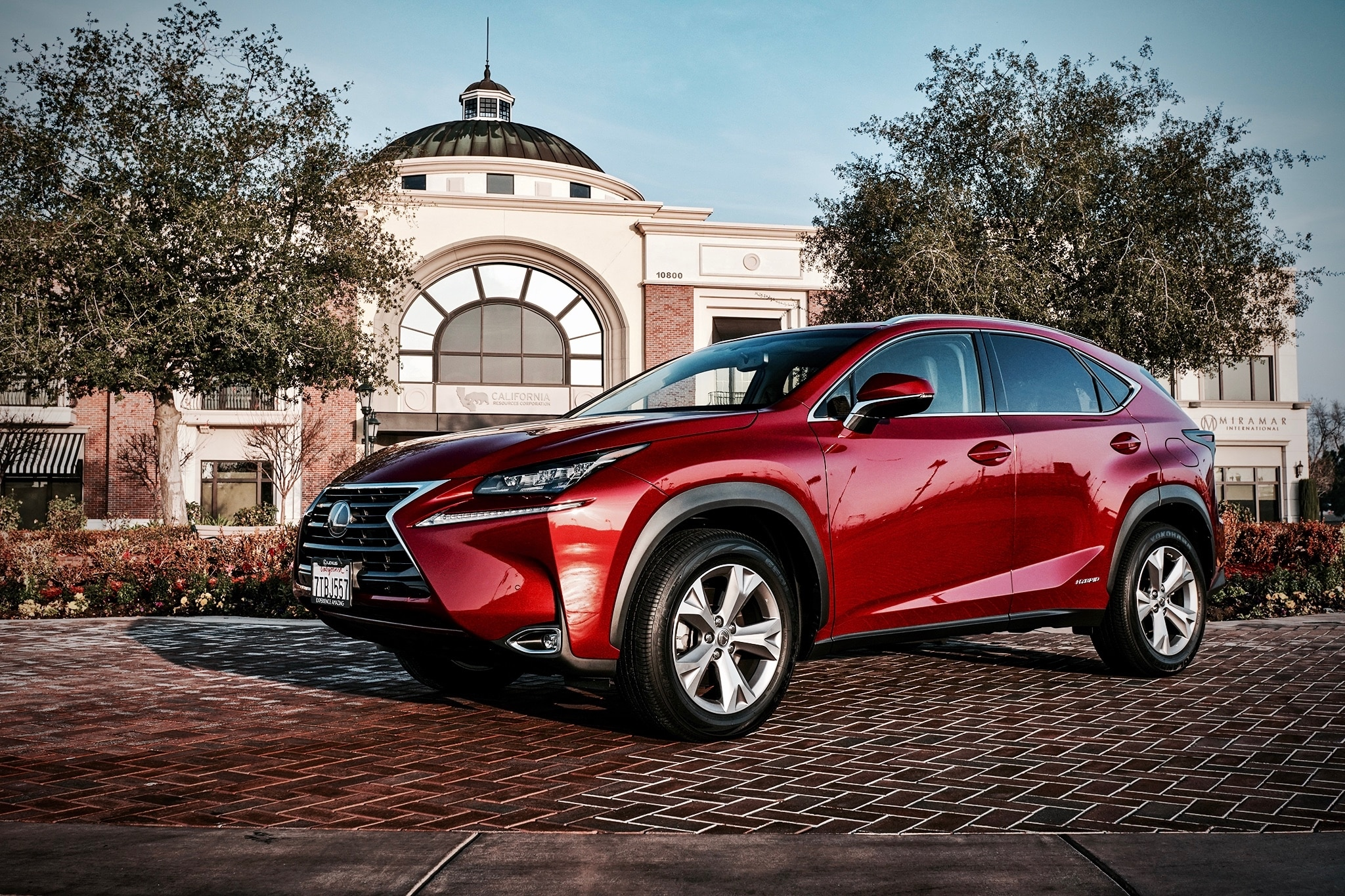 2017 Lexus Nx 300h 54 Adver To Skip 1