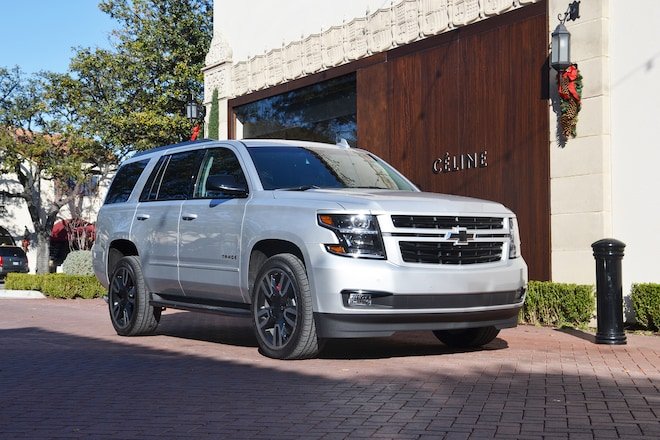 2018 Chevrolet Tahoe RST Holiday Front Three Quarters 3