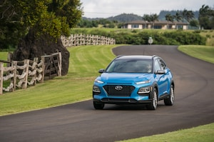 2018 Hyundai Kona Front Three Quarter In Motion 11