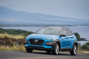 2018 Hyundai Kona Front Three Quarter In Motion 19