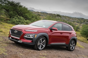 2018 Hyundai Kona Front Three Quarter In Motion 25