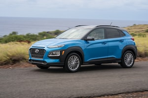 2018 Hyundai Kona Front Three Quarter In Motion 5