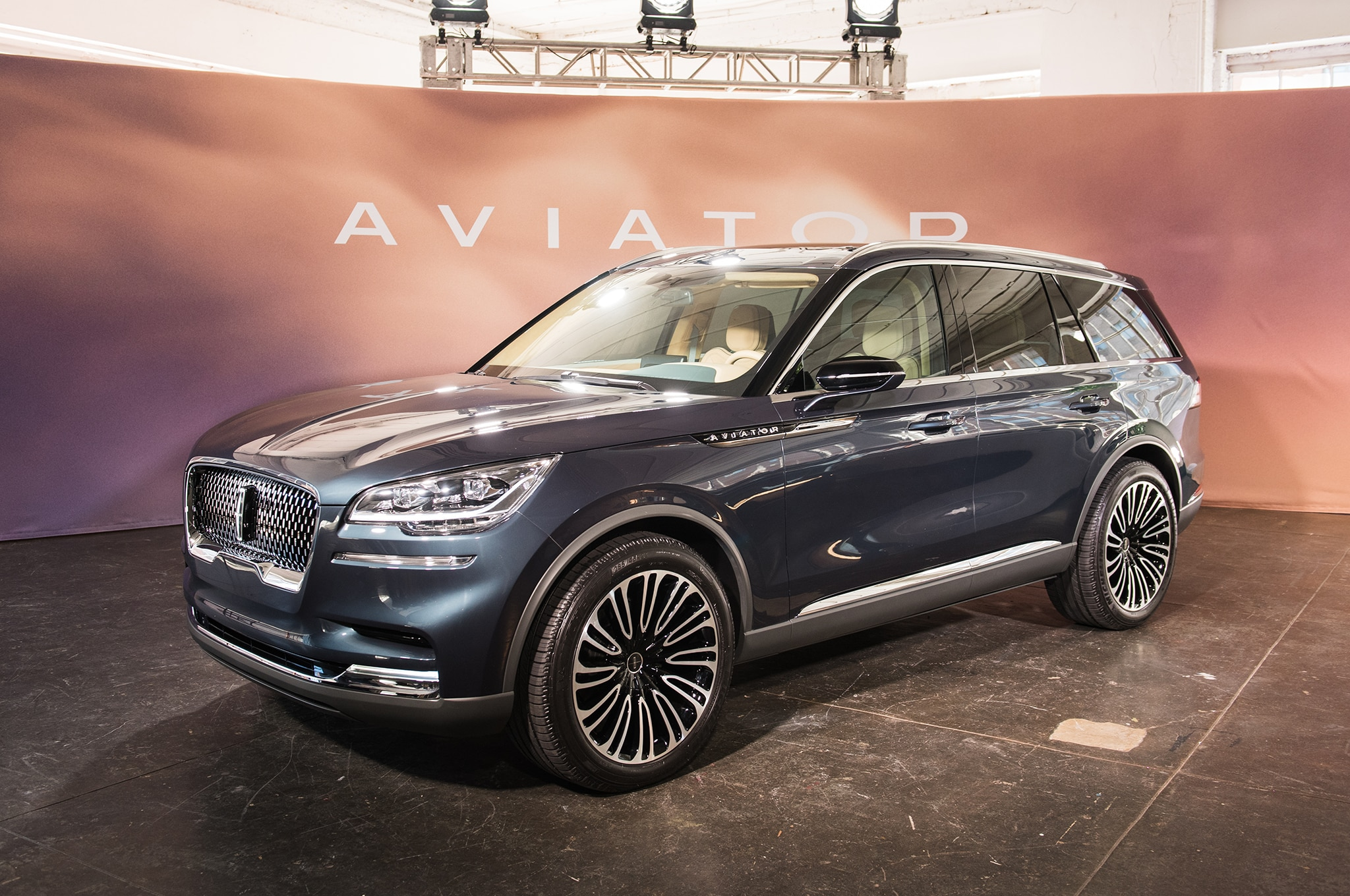 Nearest Gas Stations >> Seven Things About the New Lincoln Aviator | Automobile Magazine