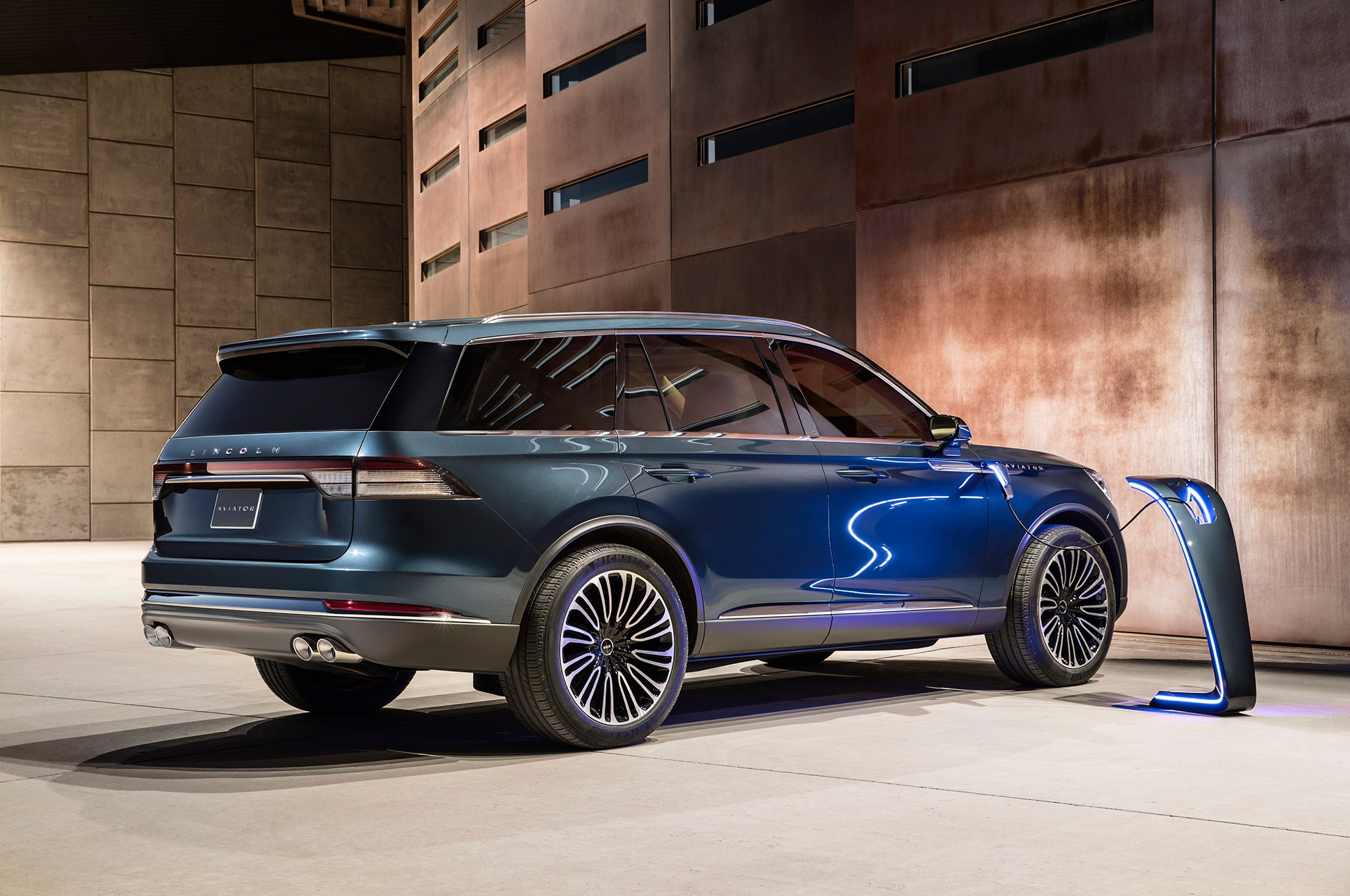 Seven Things About the New Lincoln Aviator | Automobile Magazine
