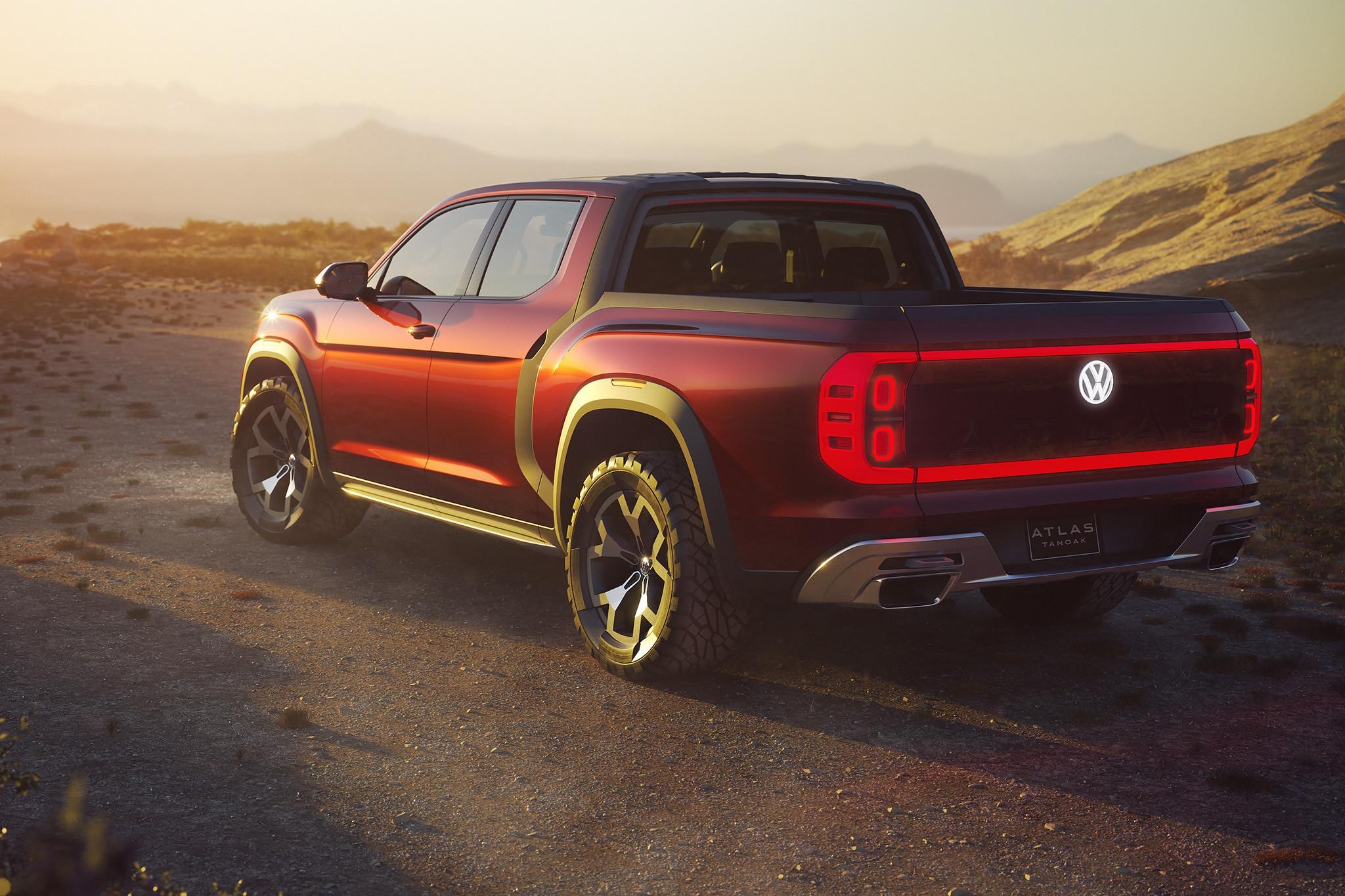 2018 Volkswagen Atlas Tanoak Pickup Truck Concept