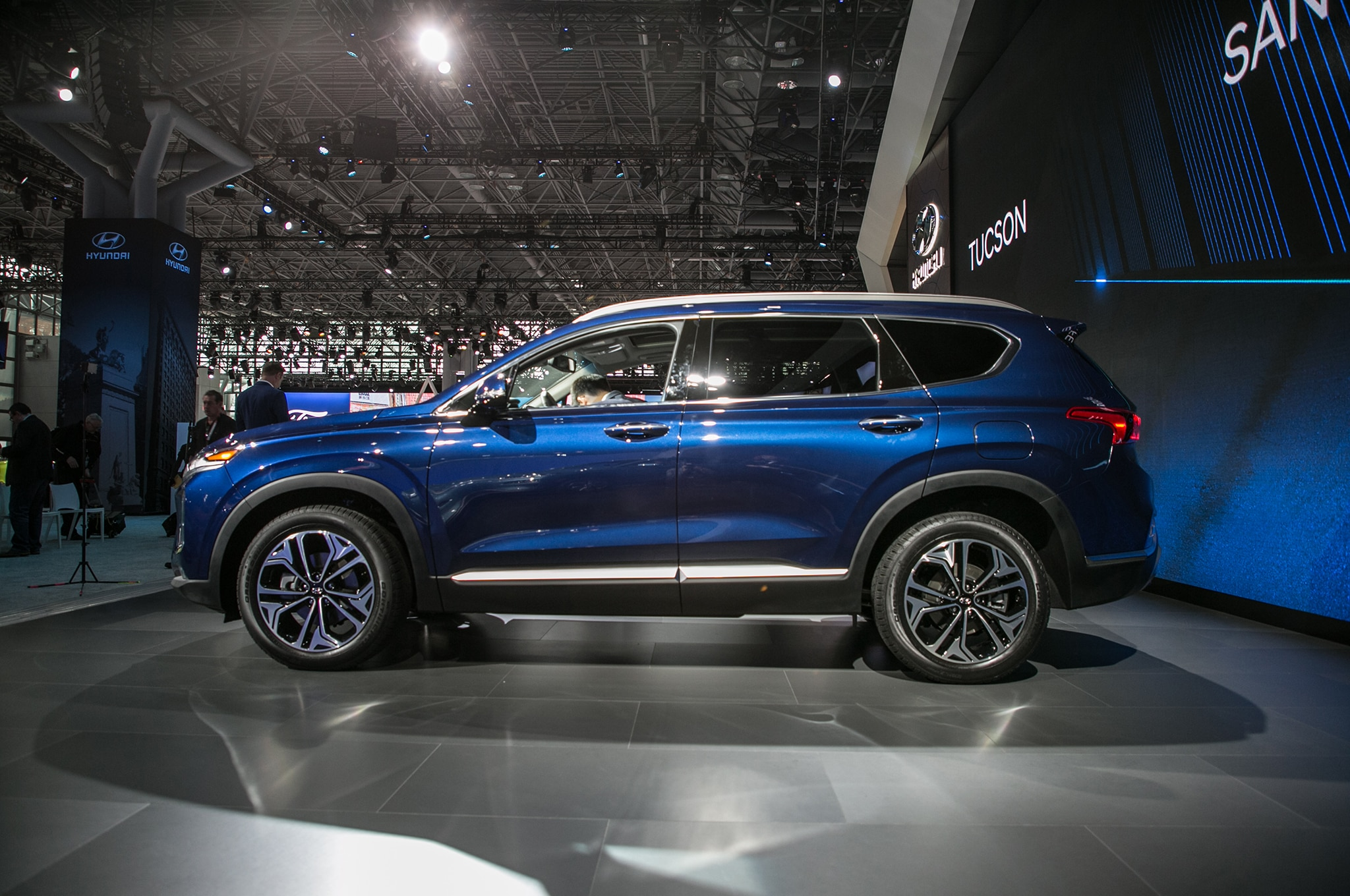With The Gas Engines, The 2019 Hyundai Santa Fe Will Seat Up To Five  Passengers; However, Diesel Powered Examples Will Offer An Occasional Use Third  Row, ...