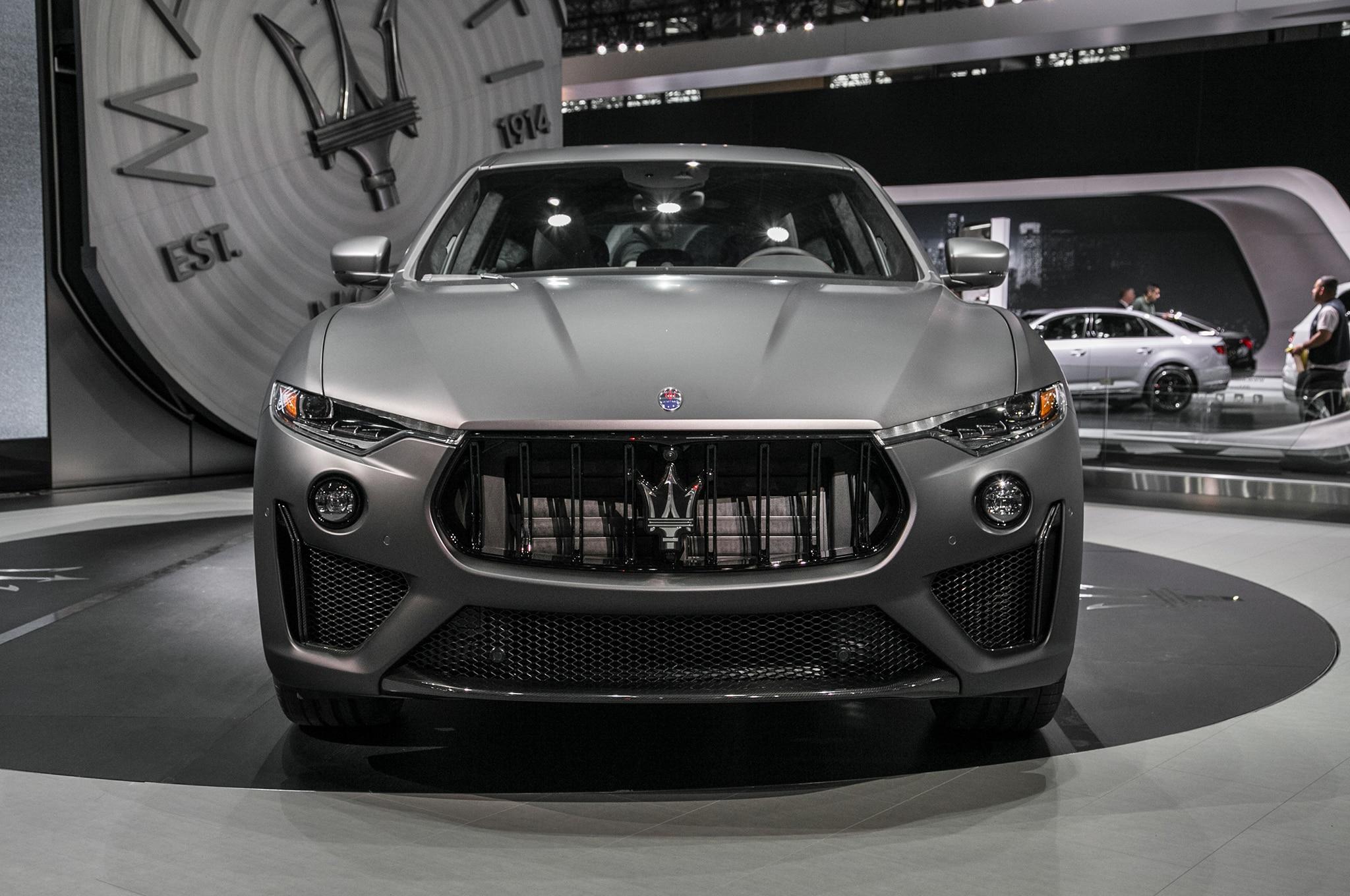 2019 Maserati Levante Trofeo Front 02