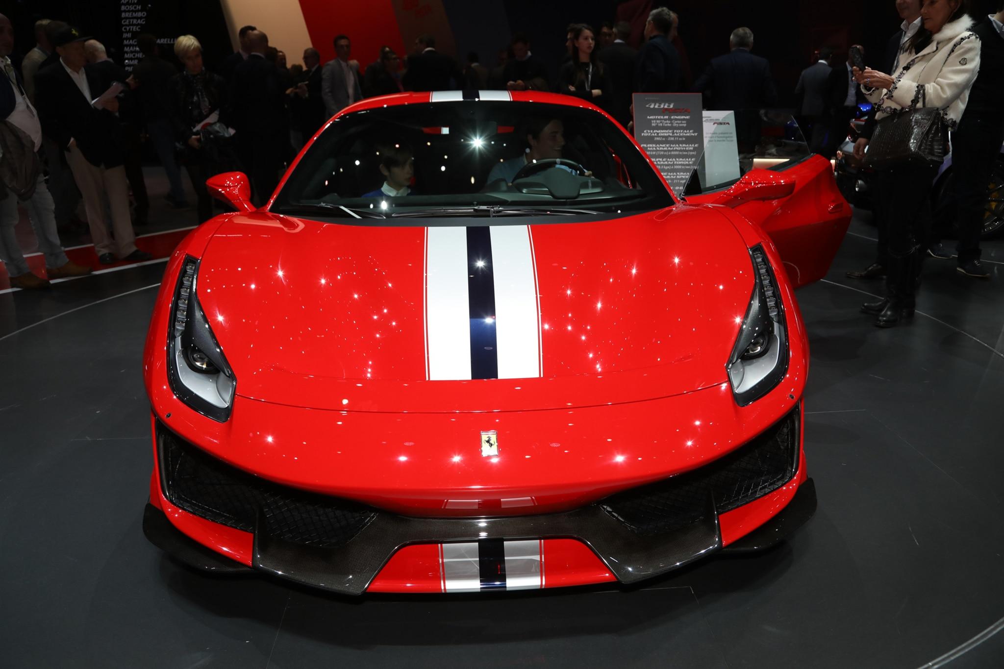 Carbon Fiber Rods >> 2018 Ferrari 488 Pista Strikes a Pose in Geneva | Automobile Magazine
