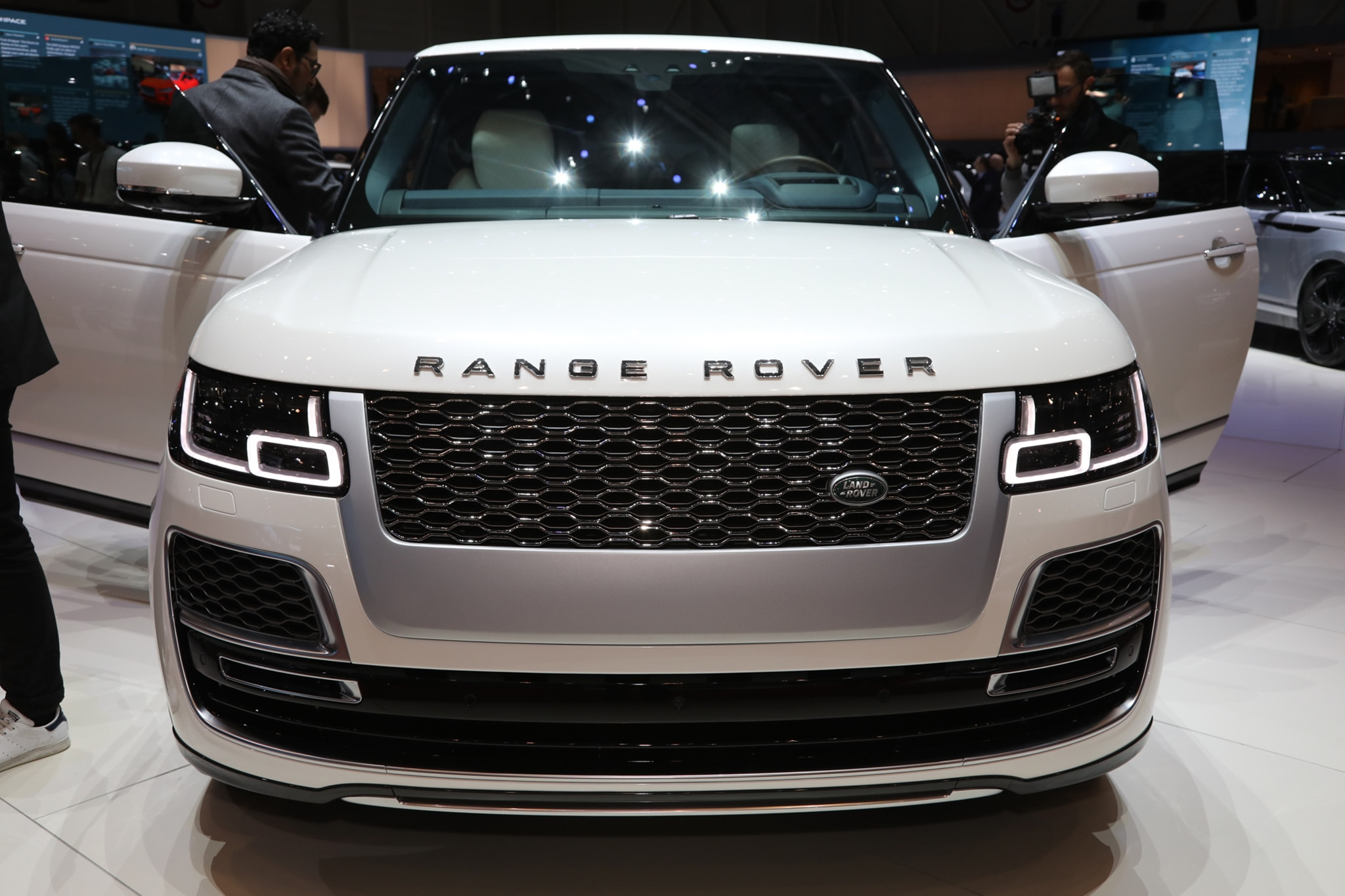 2019 Range Rover SV Coupe is All Sport and Not Much ...
