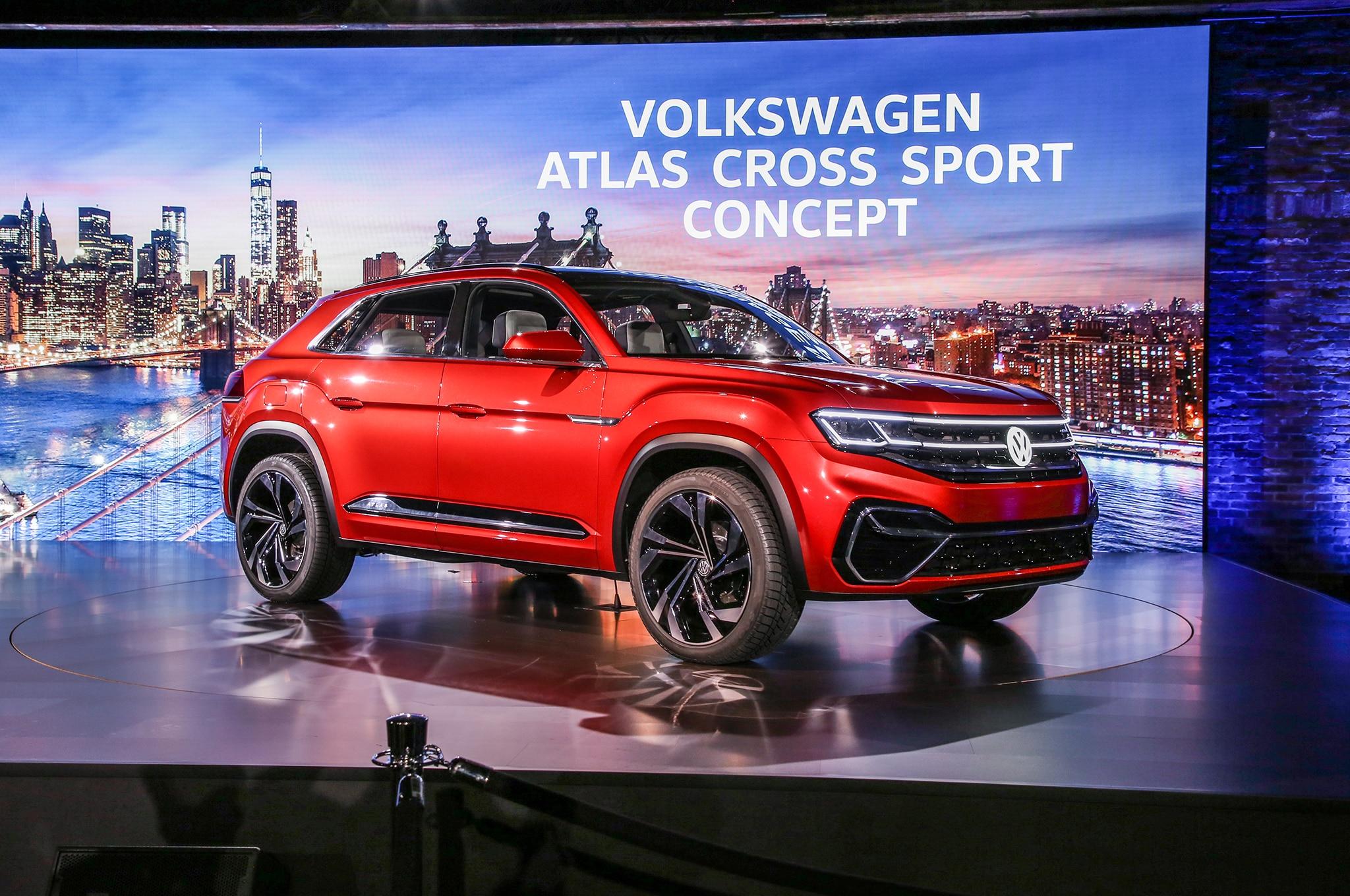Volkswagen Atlas Cross Sport Concept Previews Two-Row ...
