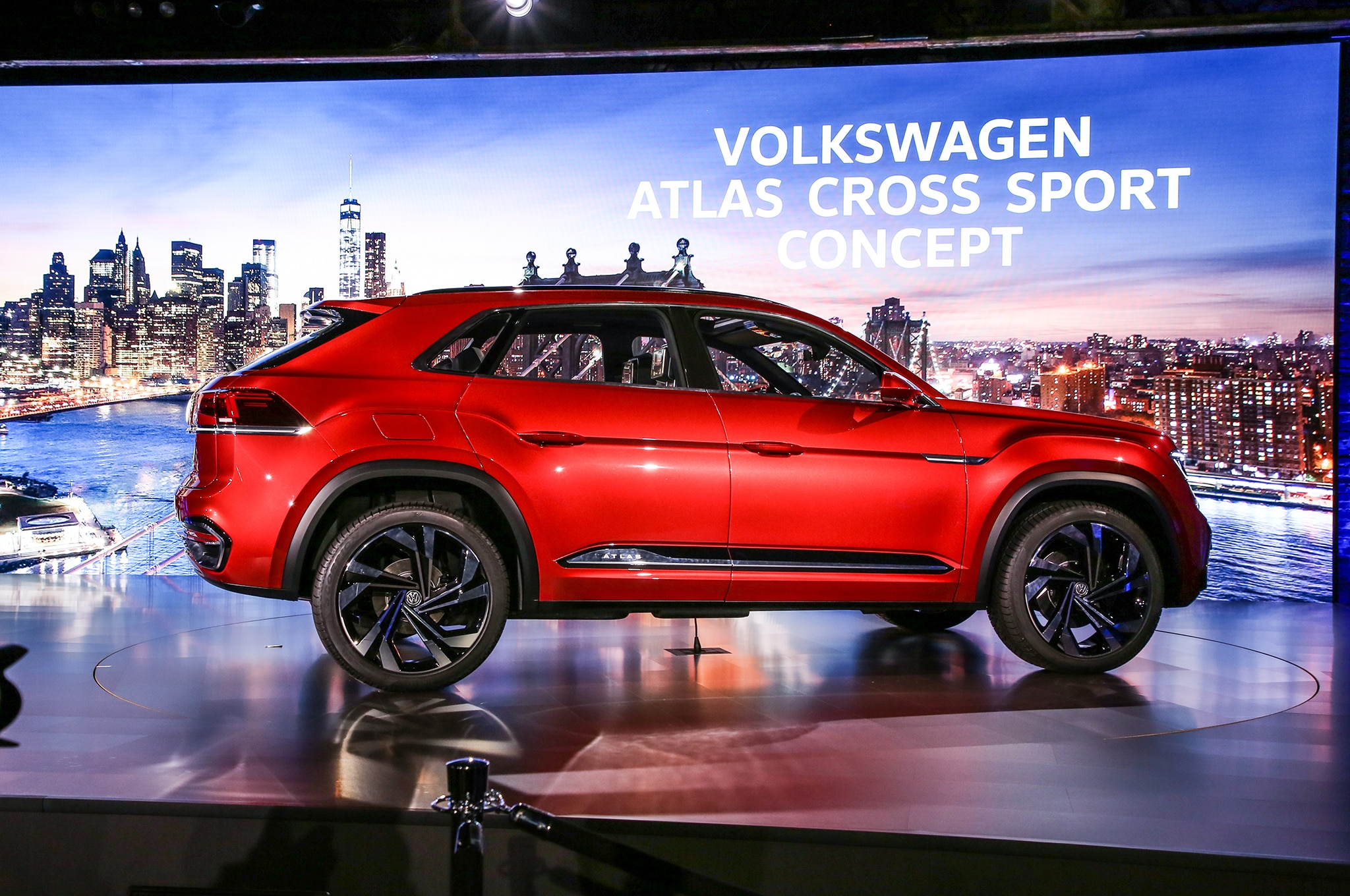 2020 VW Atlas Cross Sport, Changes, Price >> Don T Shrug Six Things You Should Know About The Volkswagen