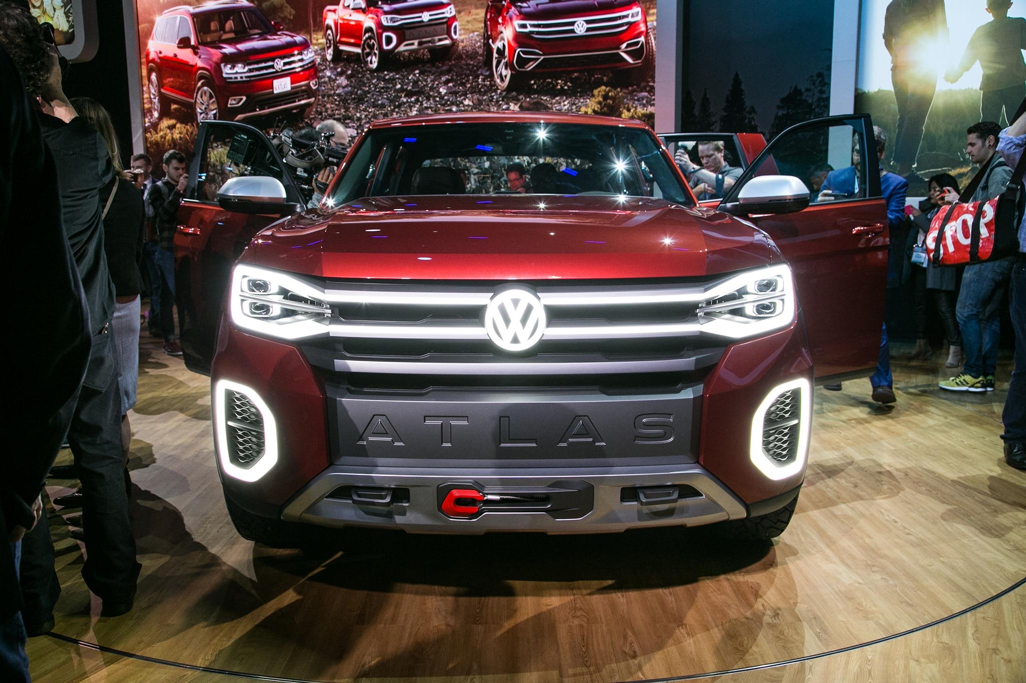 Volkswagen Atlas Tanoak Pickup Concept Really Shines