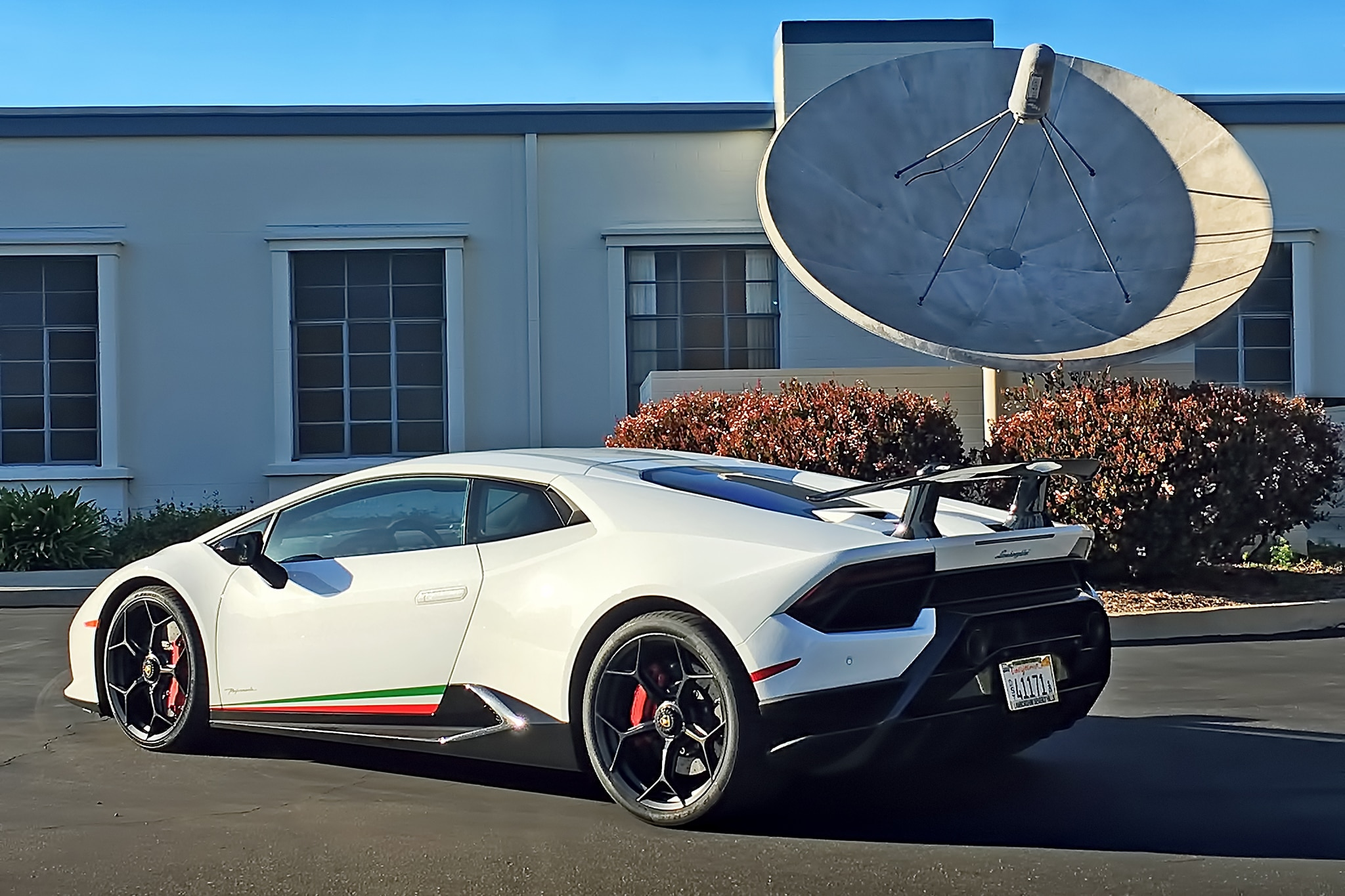 2018 Lamborghini Huracan Performante 01