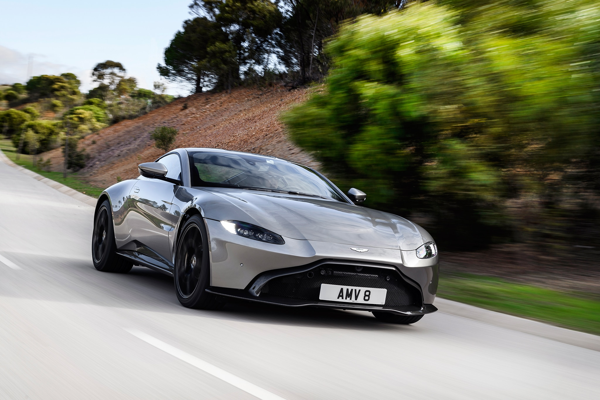 Watch 10 Reasons Why The 2019 Aston Martin Vantage Is The Hot New
