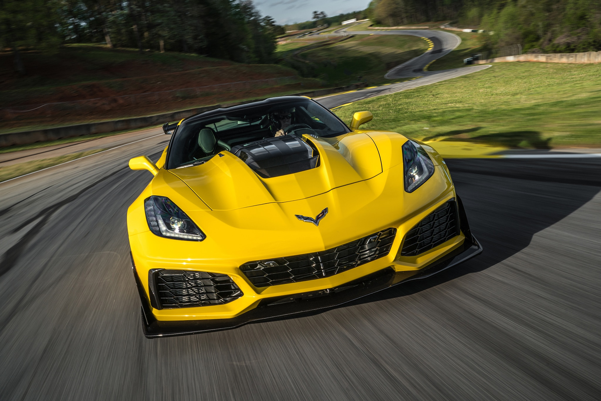 2018 Chevrolet Corvette >> 2019 Chevrolet Corvette ZR1 First Drive | Automobile Magazine