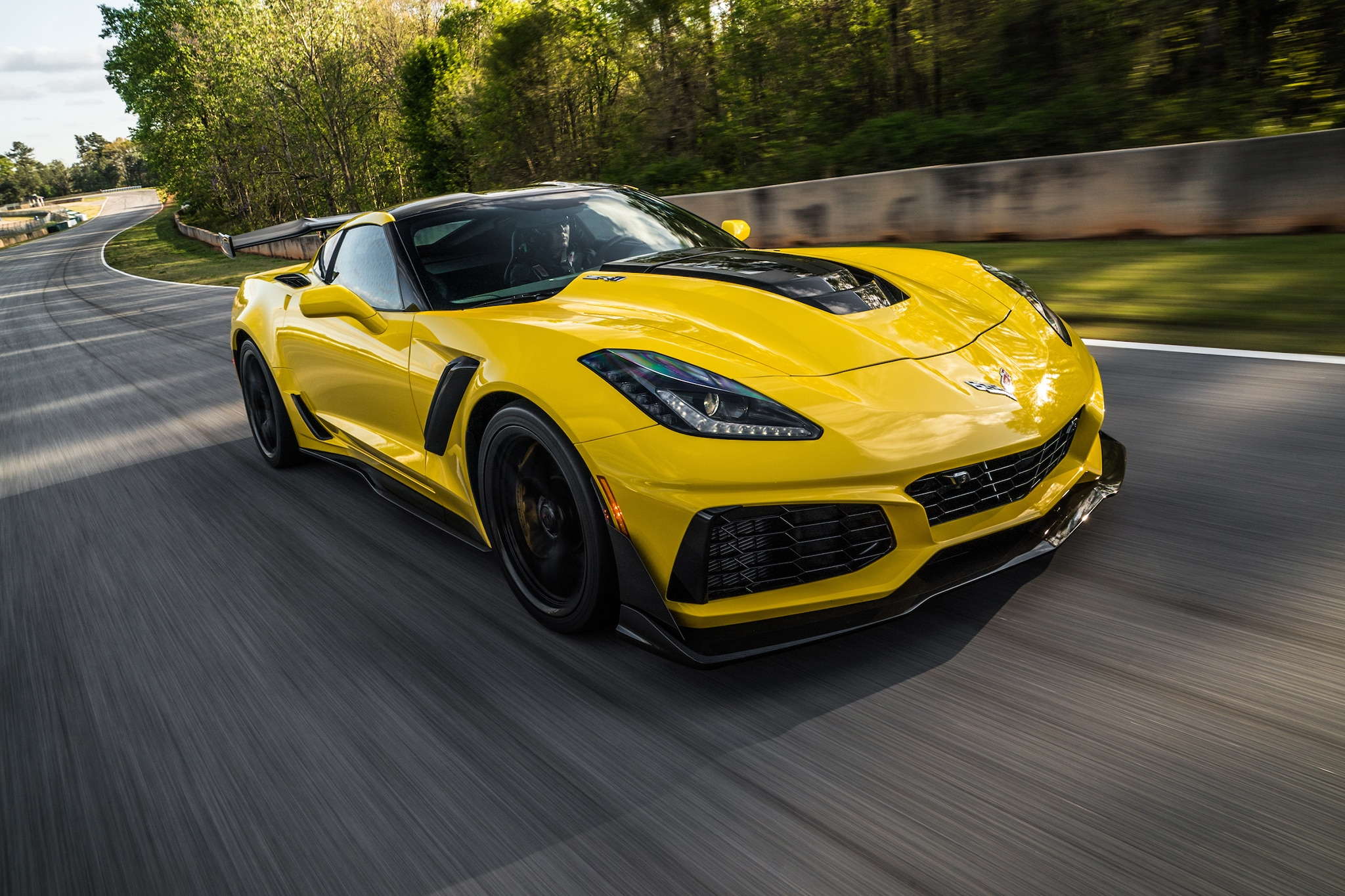 2019 Chevrolet Corvette ZR1 First Drive | Automobile Magazine
