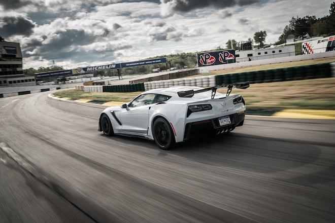 WATCH: 2019 Chevrolet Corvette ZR1 Top Speed Run | Automobile Magazine