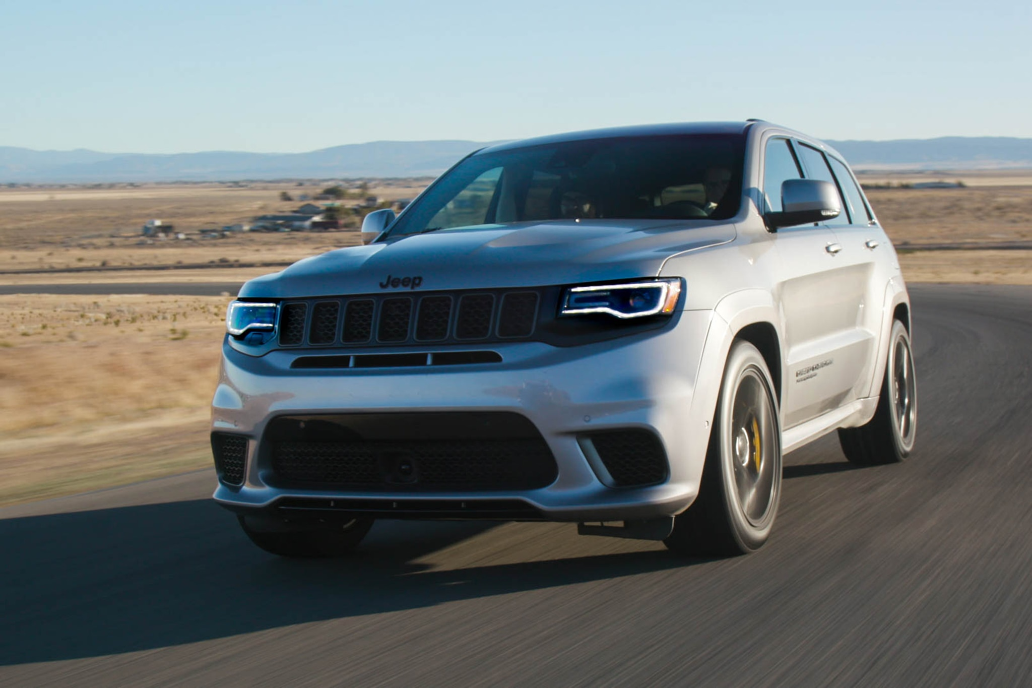 2018 Jeep Grand Cherokee Trackhawk Track_beauty_3