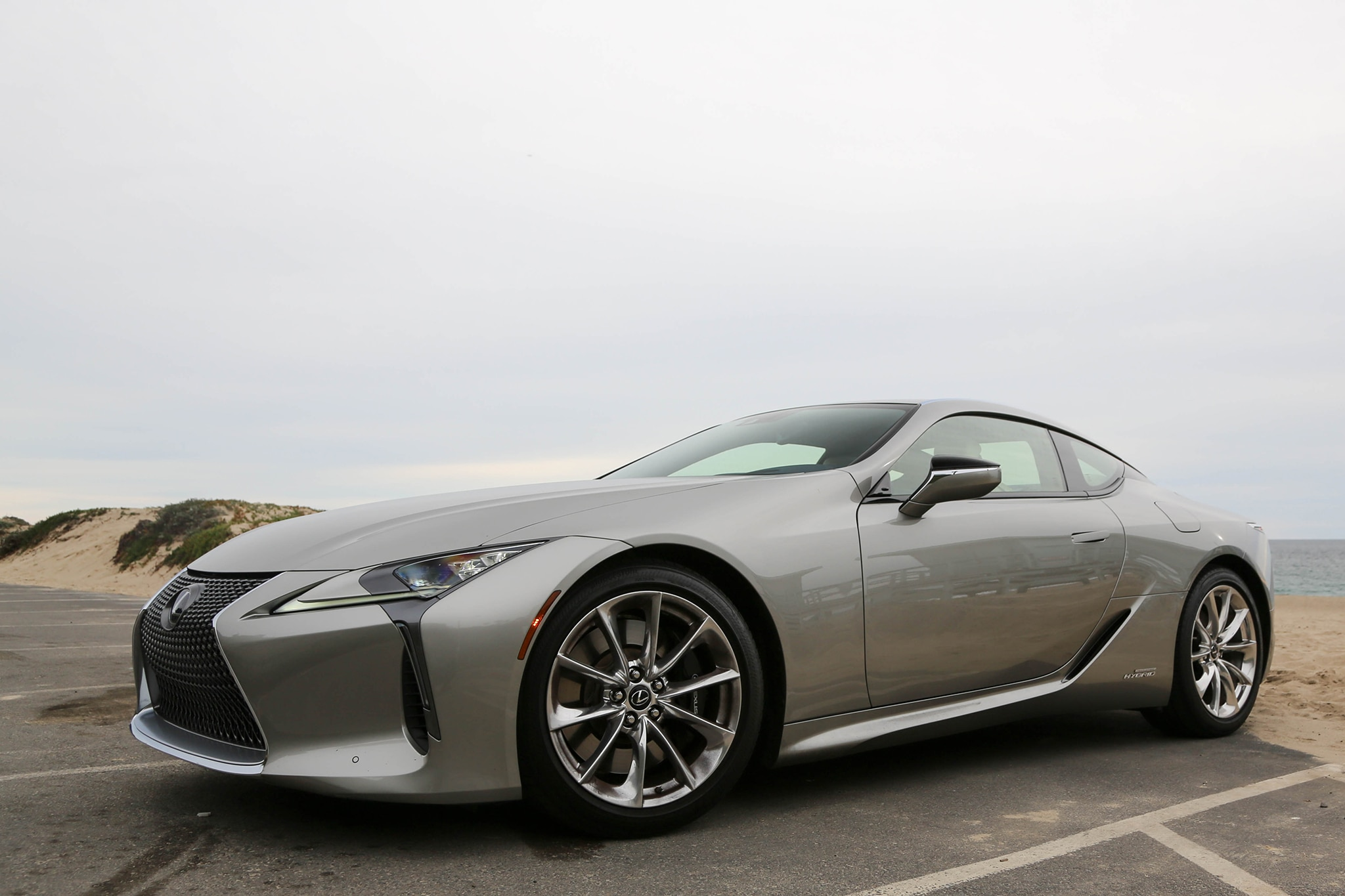 https://st.automobilemag.com/uploads/sites/11/2018/05/2018-Lexus-LC-500h-1.jpg