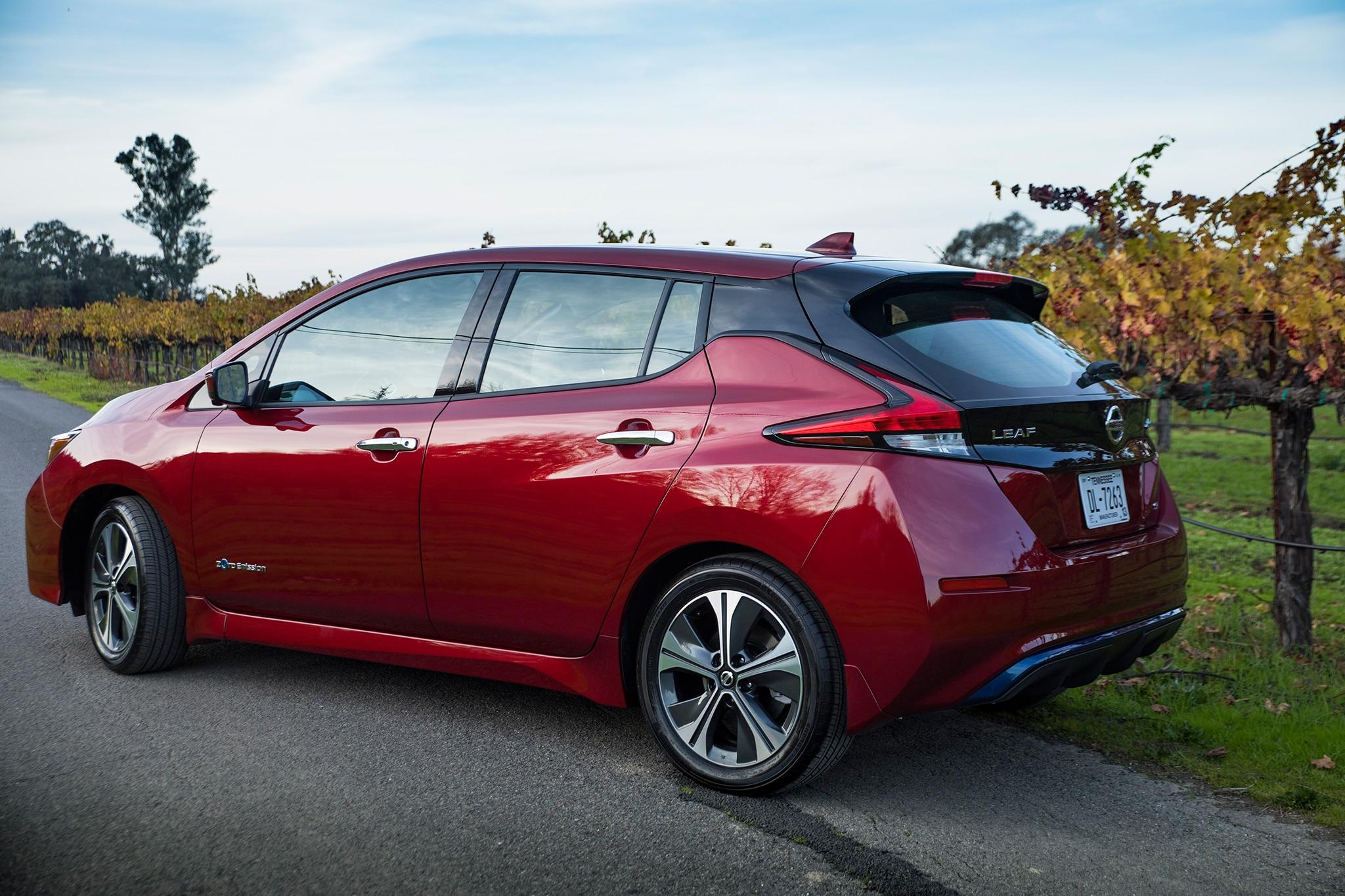 Leaf 60 Kwh >> 2018 Nissan Leaf SL Quick Take | Automobile Magazine