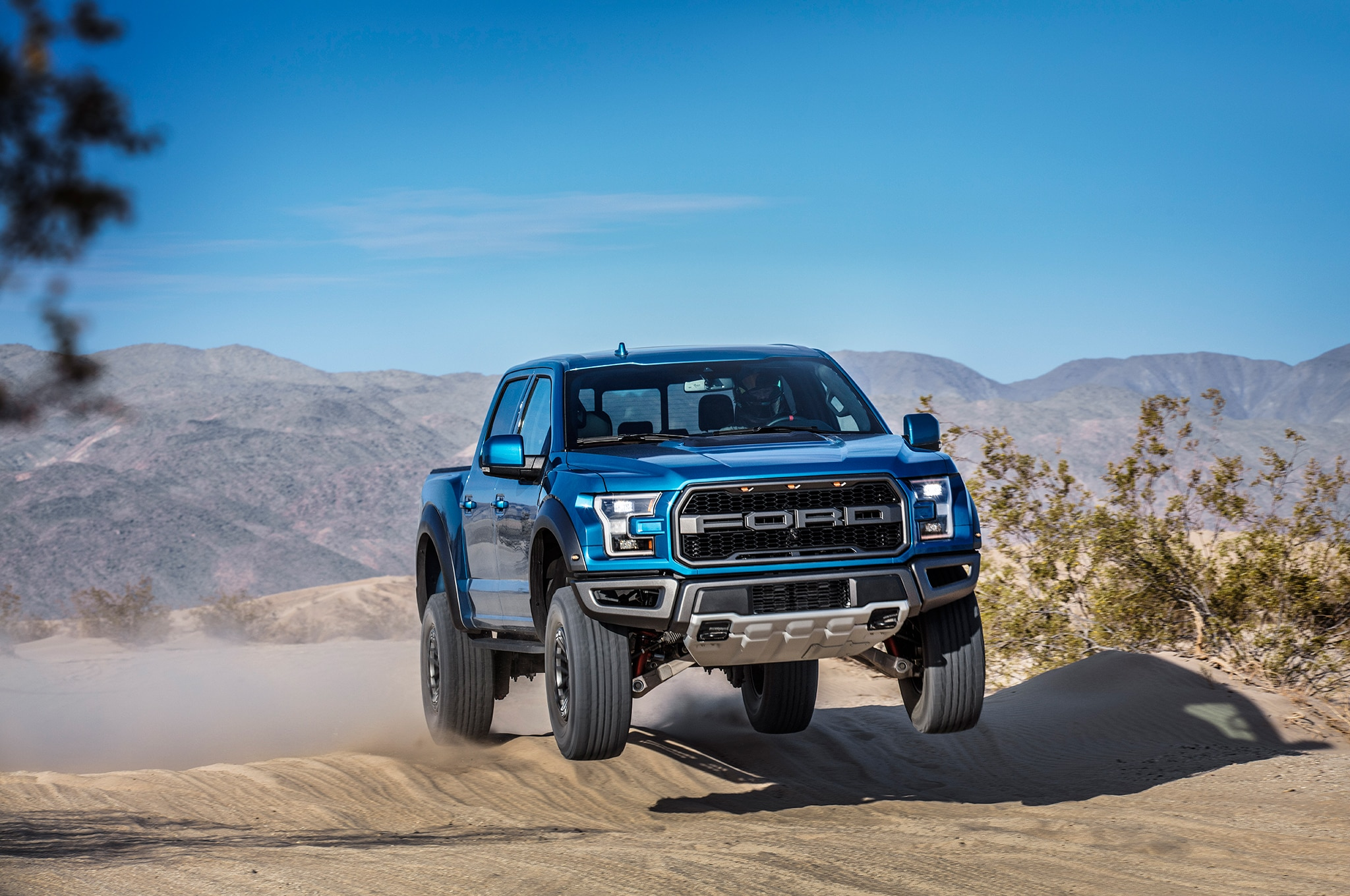2019 Ford F-150 Raptor Gets Electronically Controlled Fox