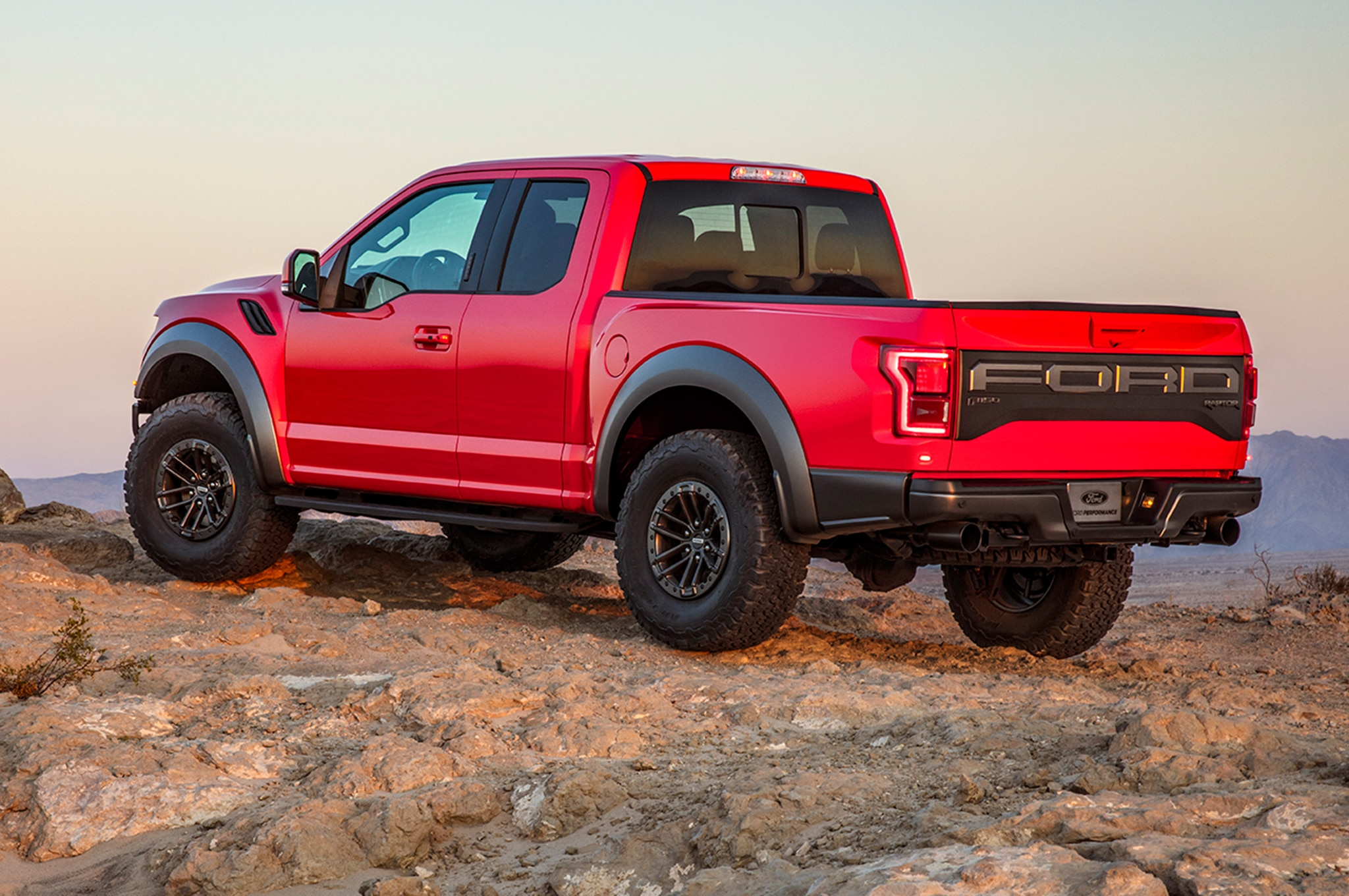 2019 Ford F-150 Raptor Gets Electronically Controlled Fox ...