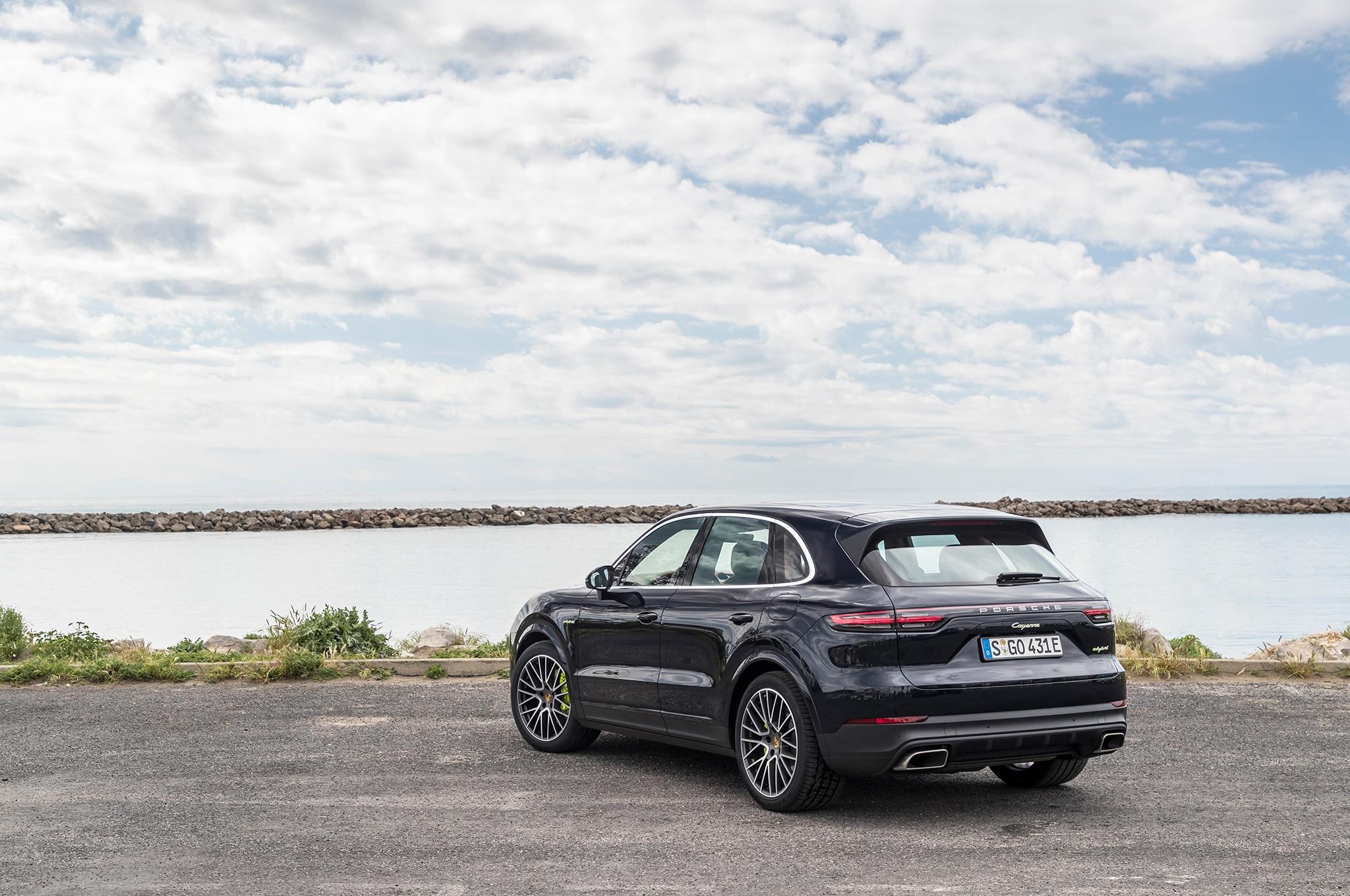 2019 Porsche Cayenne E-Hybrid First Drive Review ...