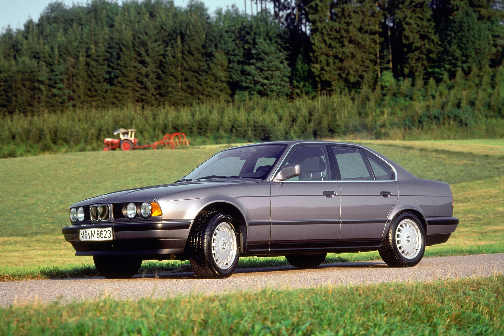 through the years 1989 1995 bmw 5 series e34. Black Bedroom Furniture Sets. Home Design Ideas