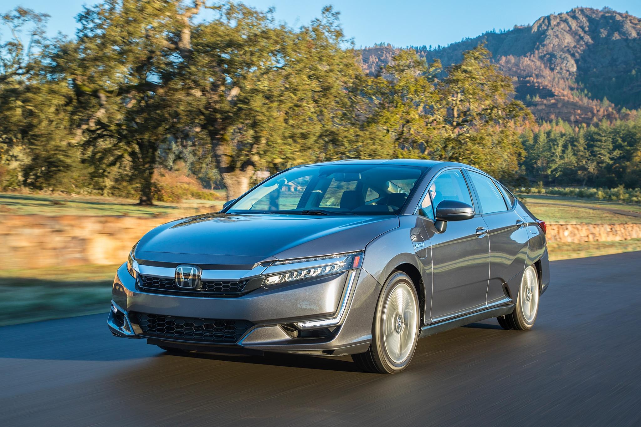 2018 Honda Clarity PHEV 07
