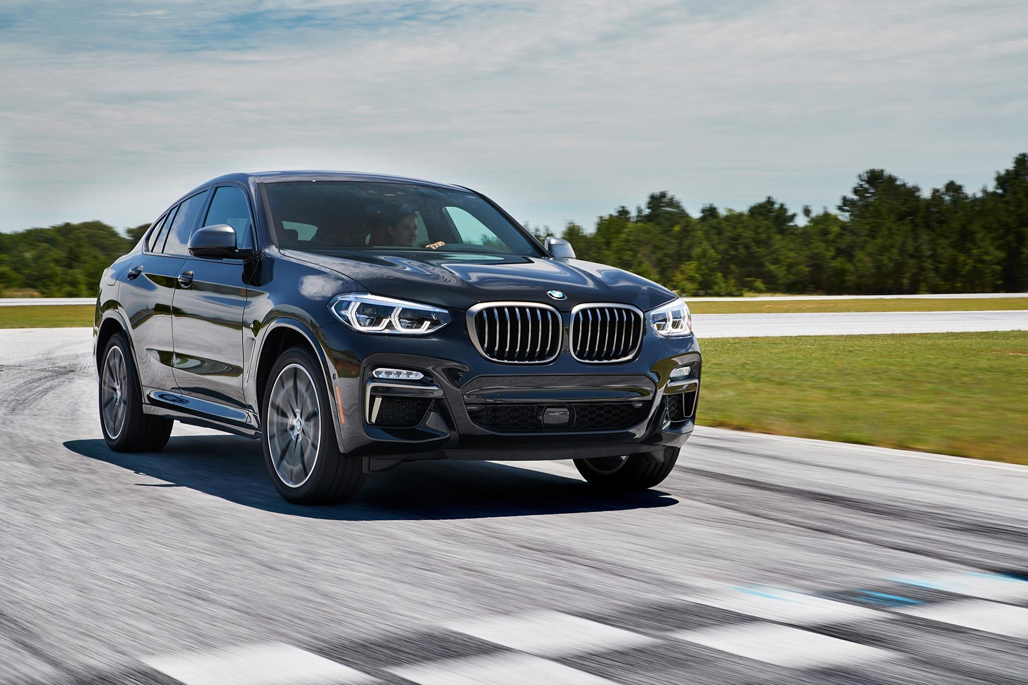 2019 BMW X4 M40i 01