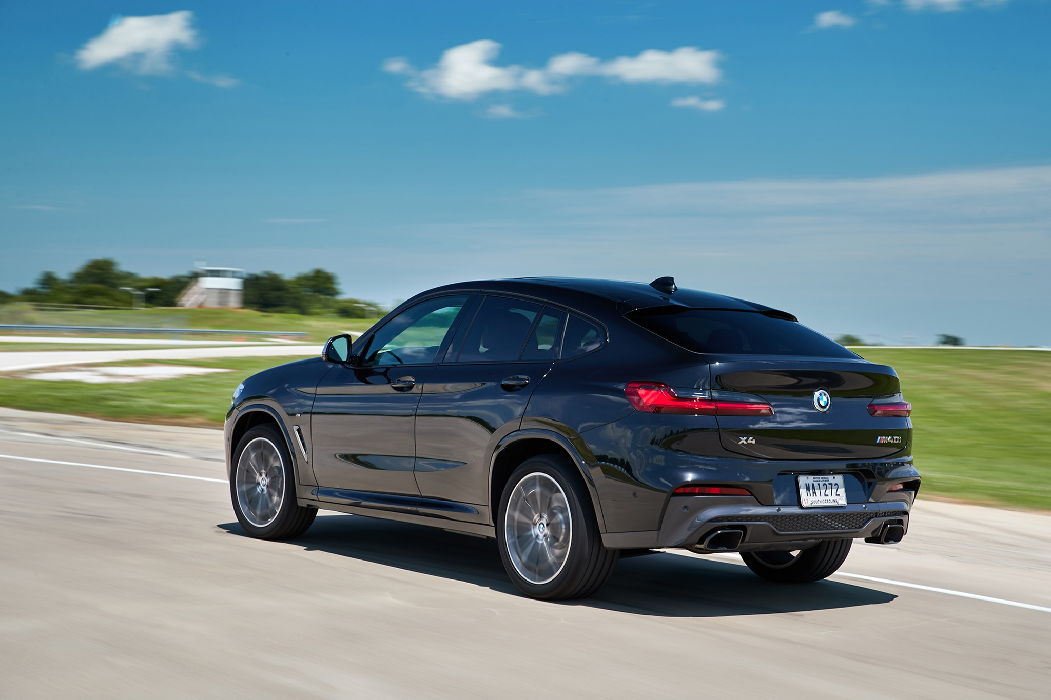 2019 bmw x4 first drive review automobile magazine. Black Bedroom Furniture Sets. Home Design Ideas