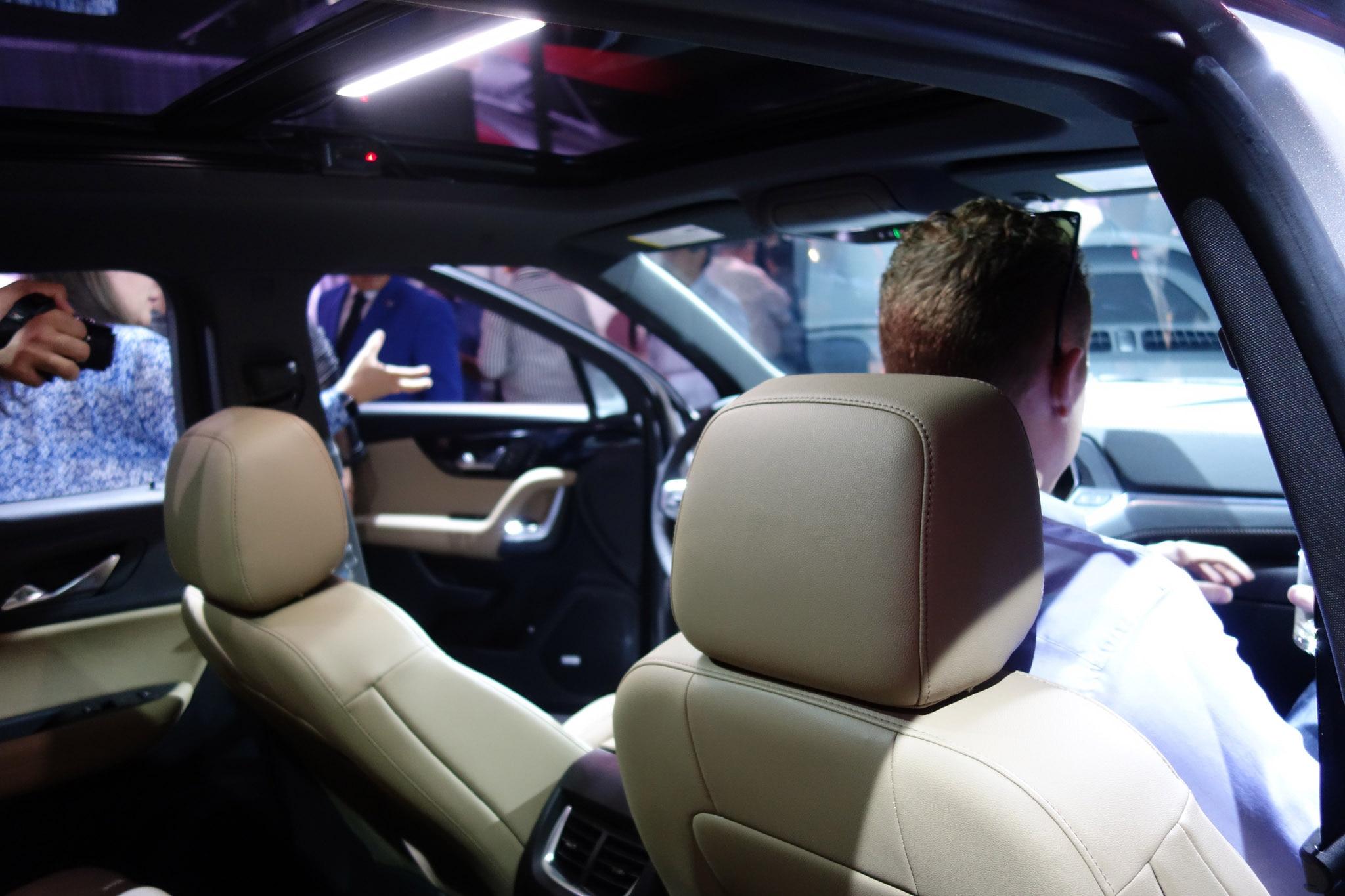The Big 2019 Chevrolet Blazer Photo Gallery | Automobile Magazine