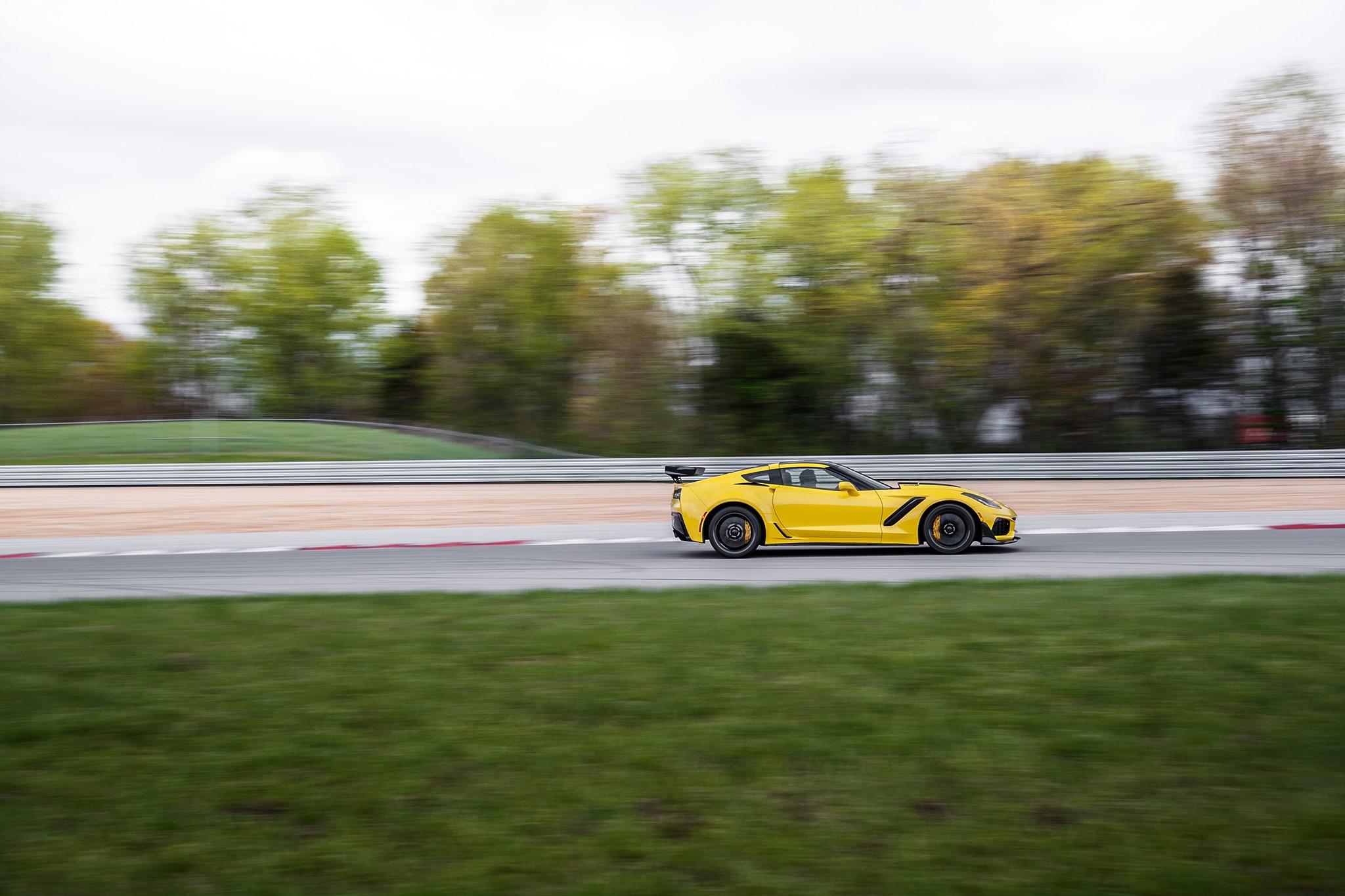 2019 Chevrolet Corvette ZR1 Meets 1990 Corvette ZR1