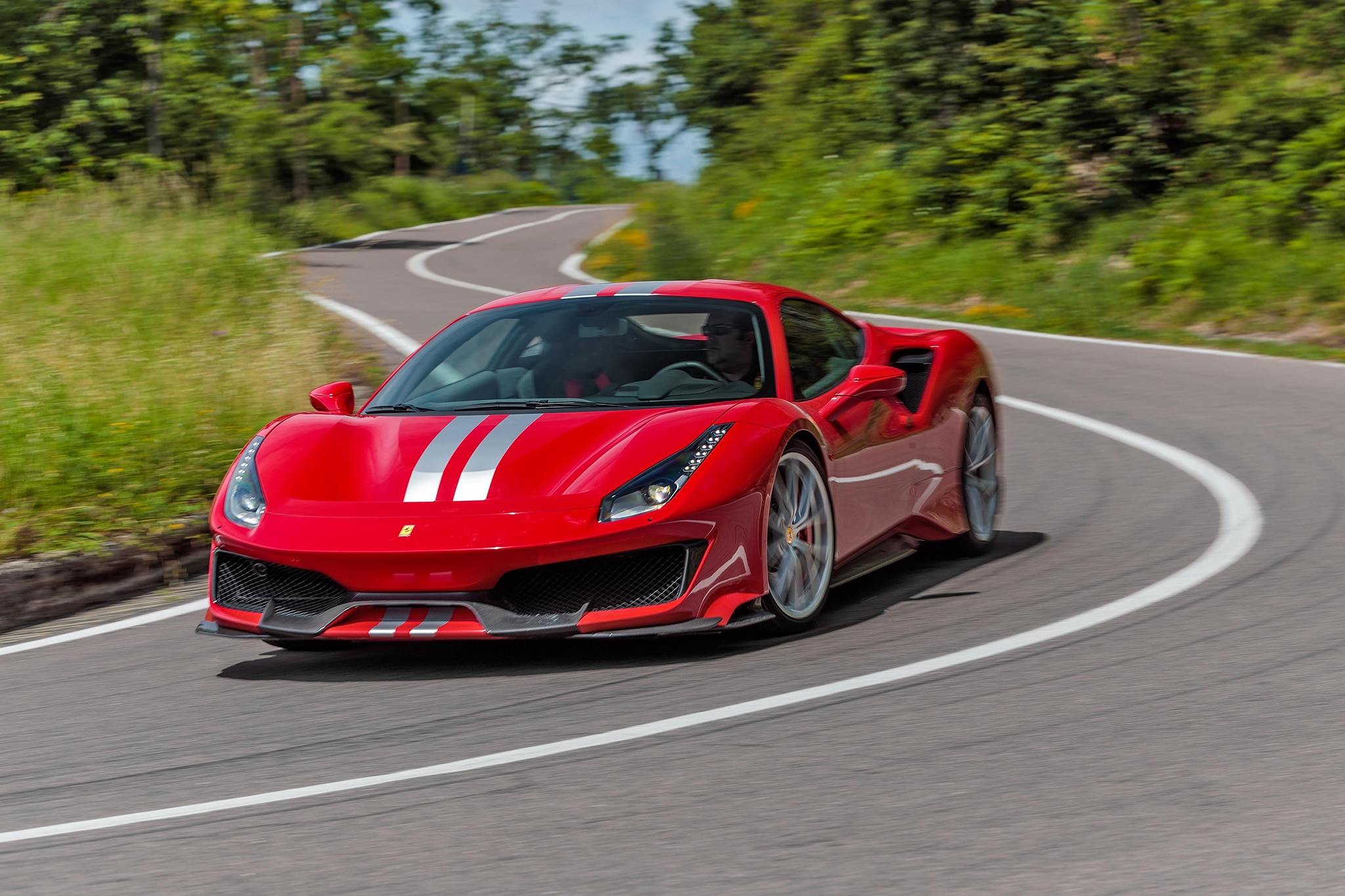 mama mia  the big 2019 ferrari 488 pista photo gallery