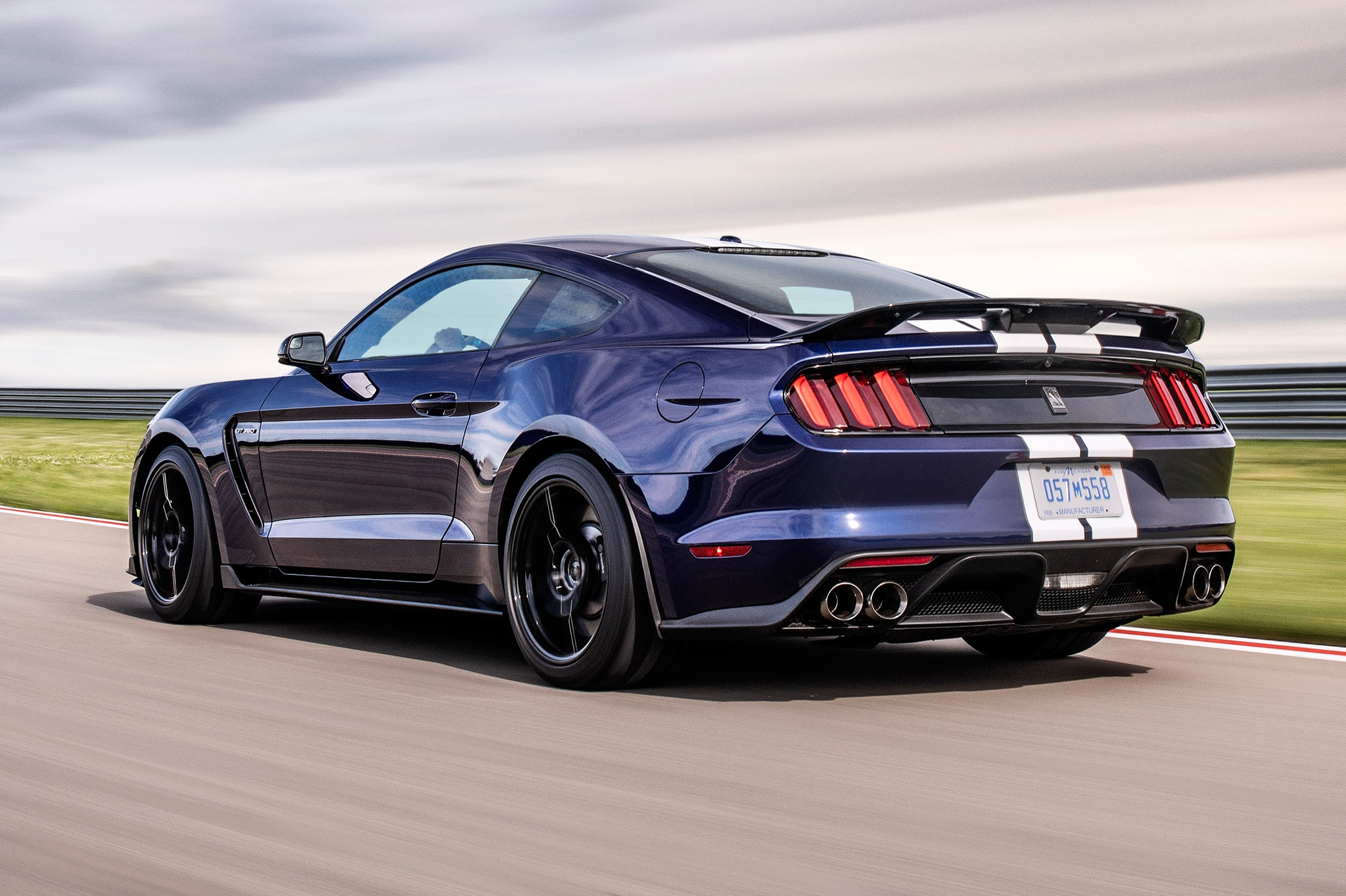 Gt350r For Sale >> Ford Upgrades Mustang Shelby GT350 for 2019 | Automobile Magazine