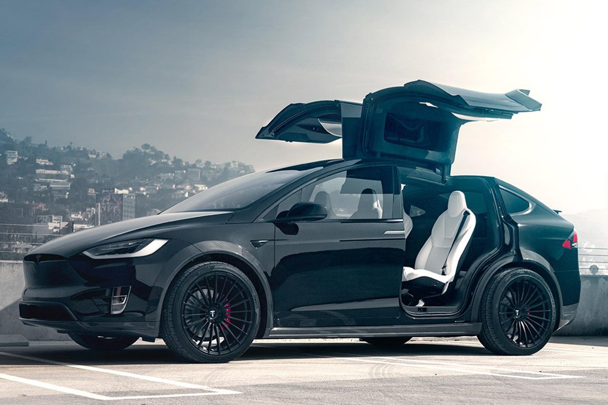 2018 tesla model x p100d gets t largo package by t sportline automobile magazine. Black Bedroom Furniture Sets. Home Design Ideas