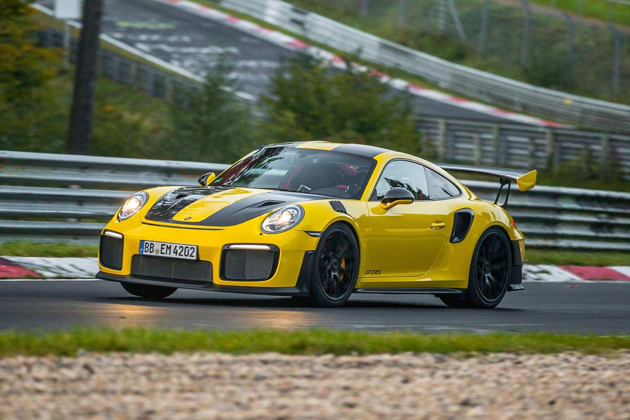 Porsche Testing Tires 02