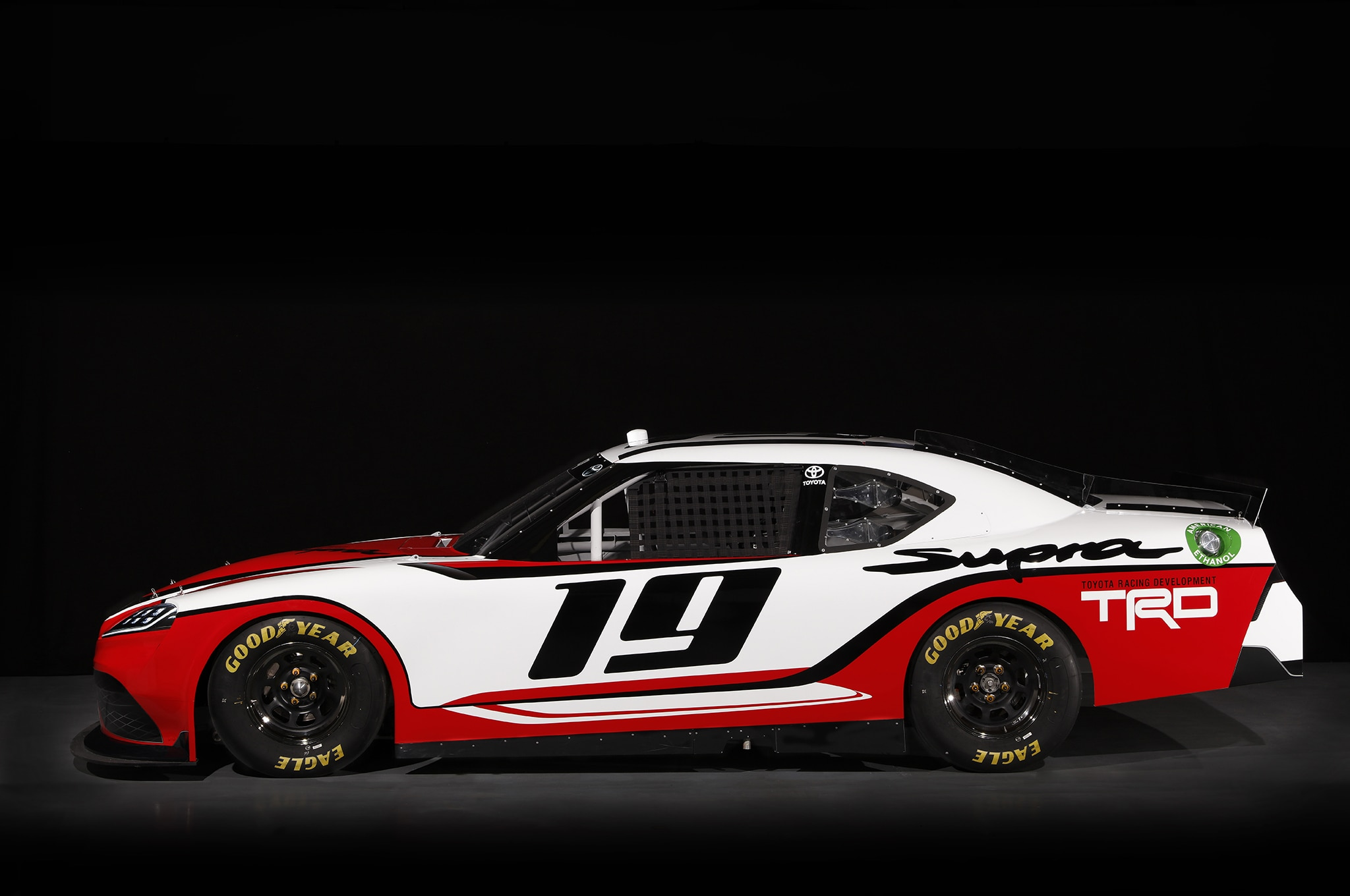toyota supra goes nascar racing yeah we can 39 t believe it. Black Bedroom Furniture Sets. Home Design Ideas