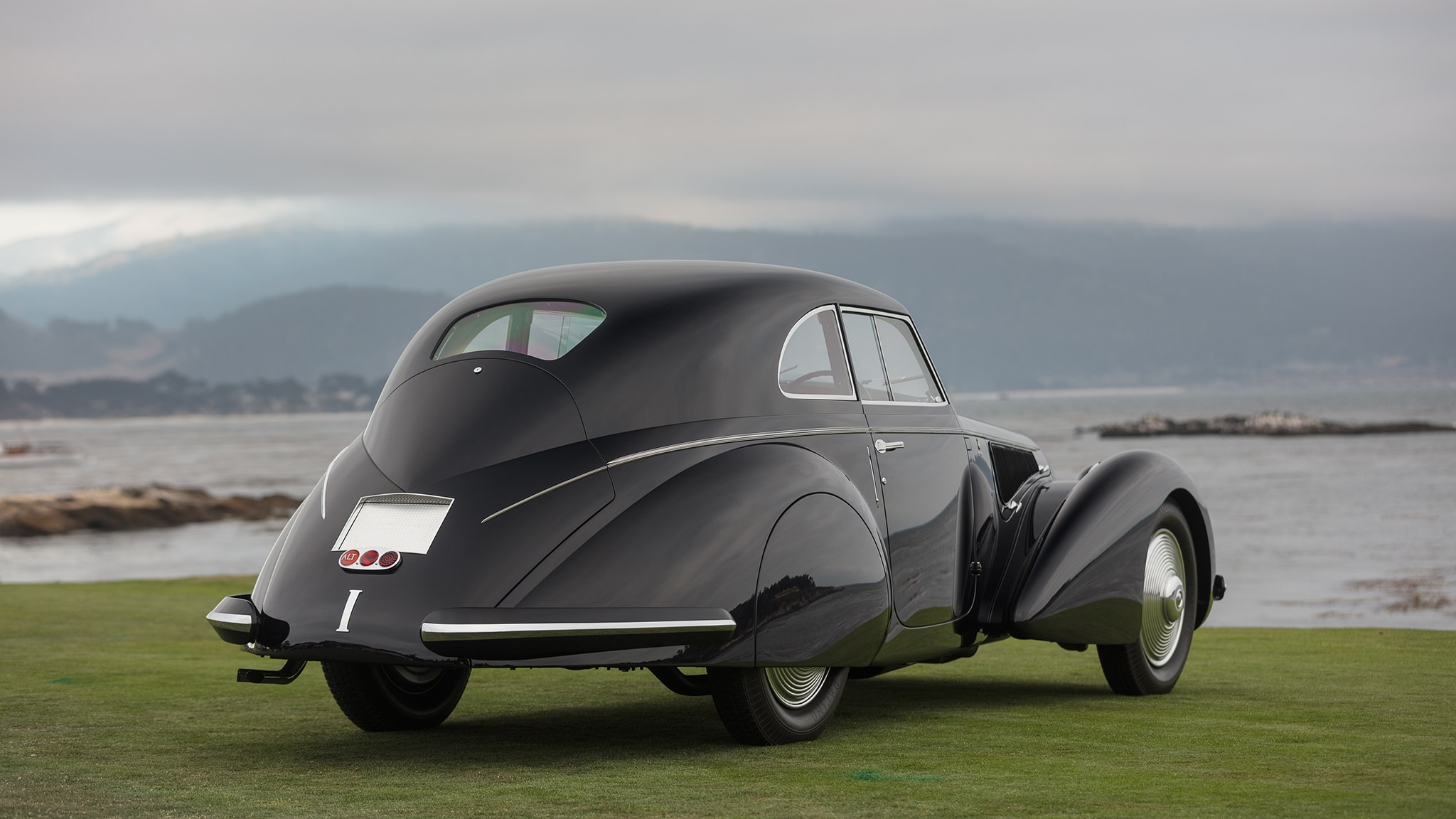1937 alfa romeo 8c scores best of show win at 2018 pebble