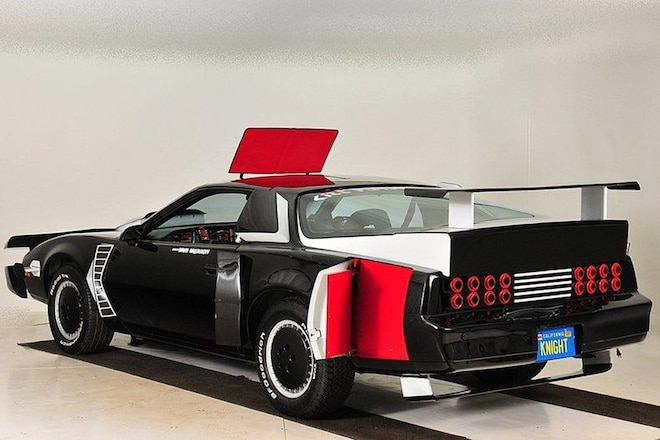 knight rider super pursuit mode kitt goes to auction. Black Bedroom Furniture Sets. Home Design Ideas