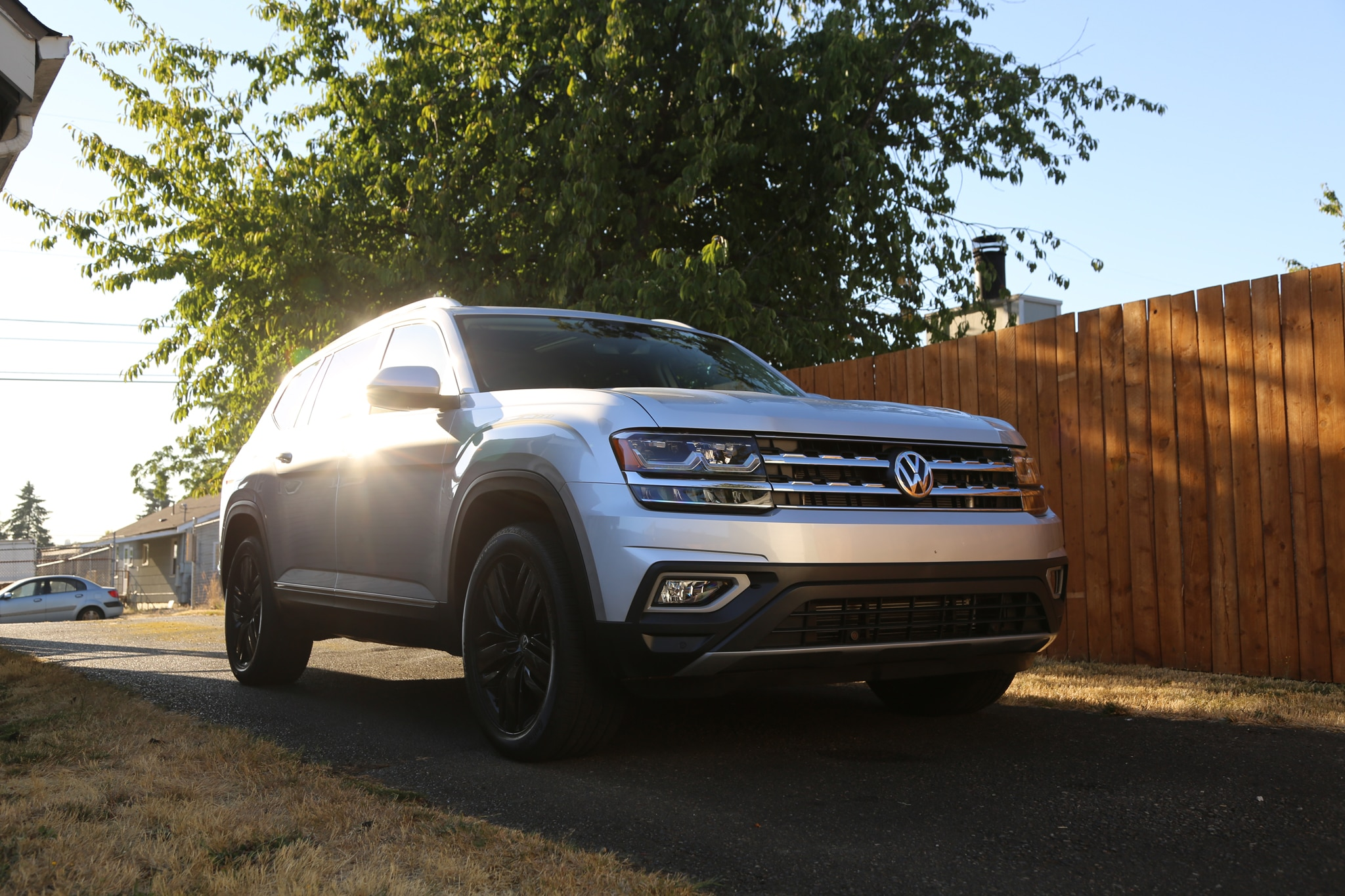 VW Atlas V6 SEL 4Motion Amag Crops 4