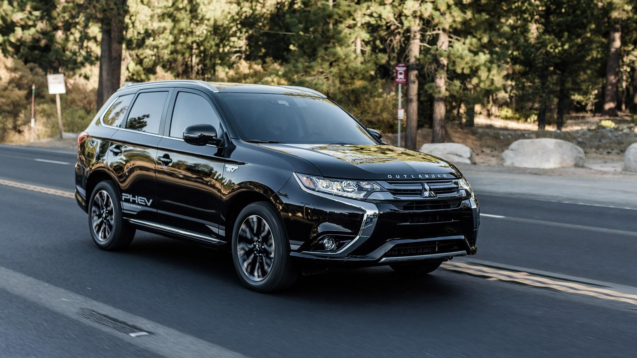 Quick Take: 2018 Mitsubishi Outlander PHEV | Automobile Magazine