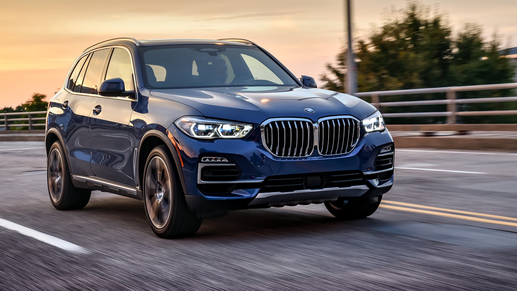 2019 bmw x5 40i xdrive first drive automobile magazine. Black Bedroom Furniture Sets. Home Design Ideas