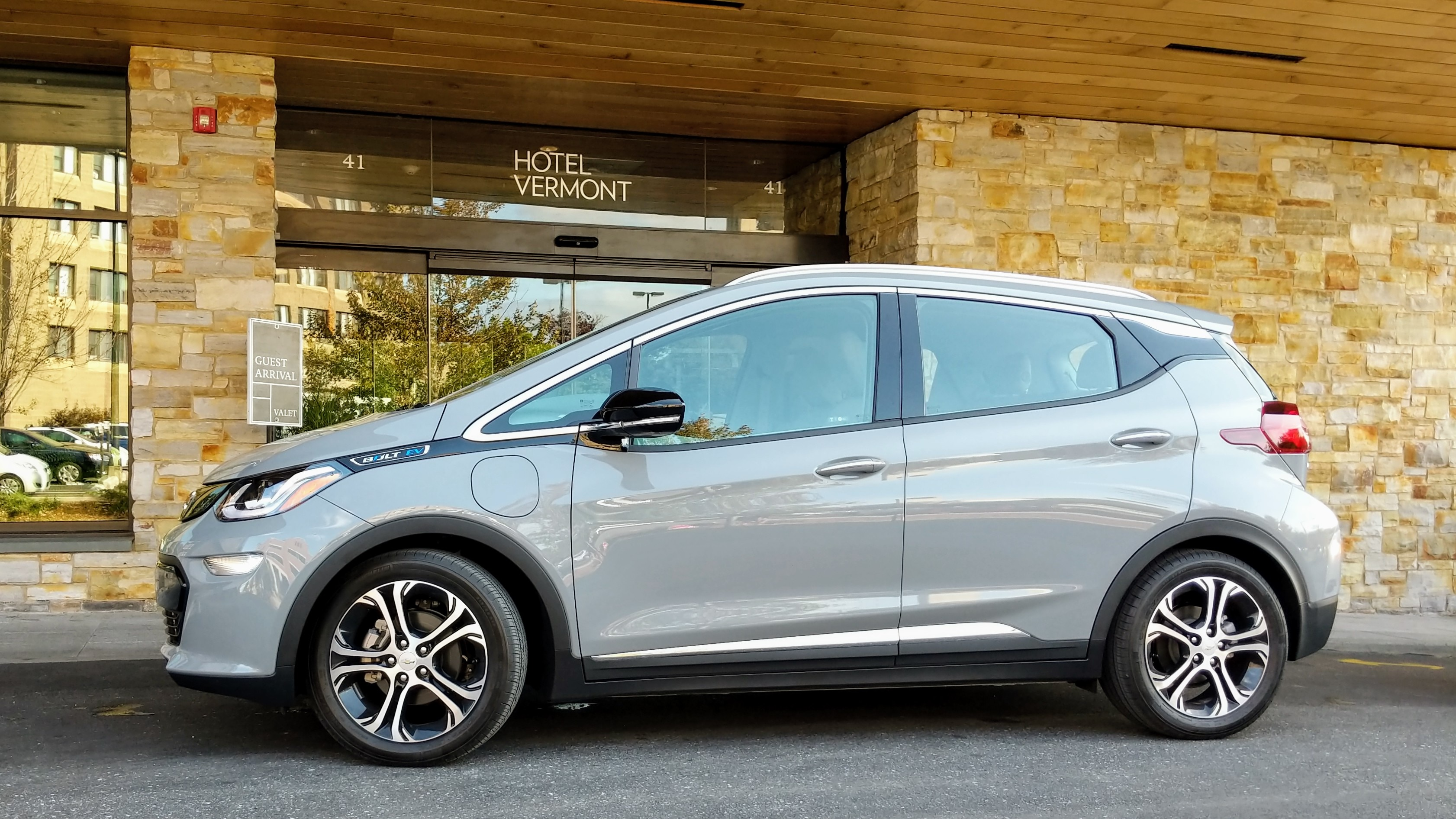 2019 Chevrolet Bolt EV and 2019 Chevrolet Volt PHEV Review