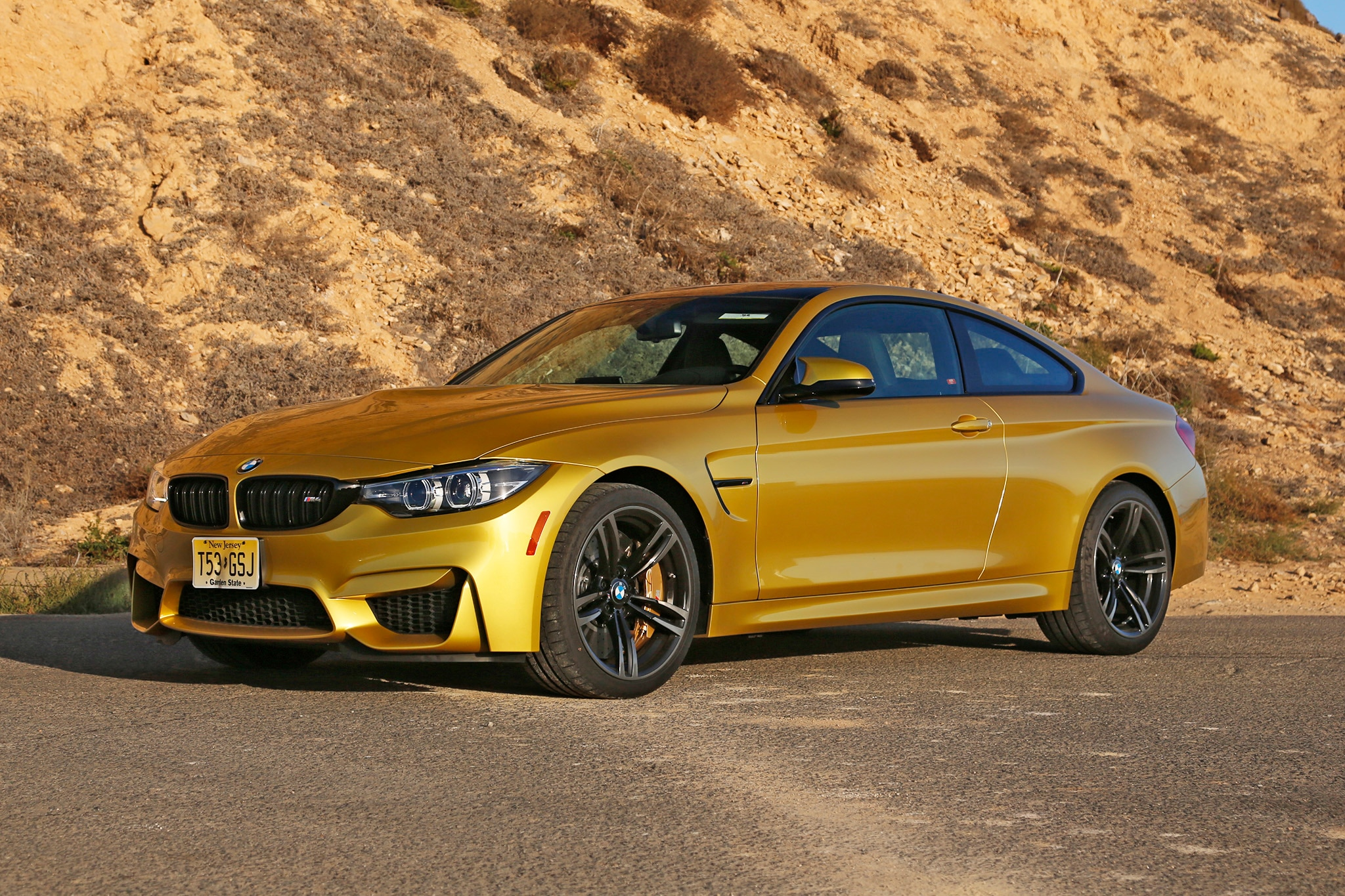 2018 BMW M4 Competition Front Three Quarters