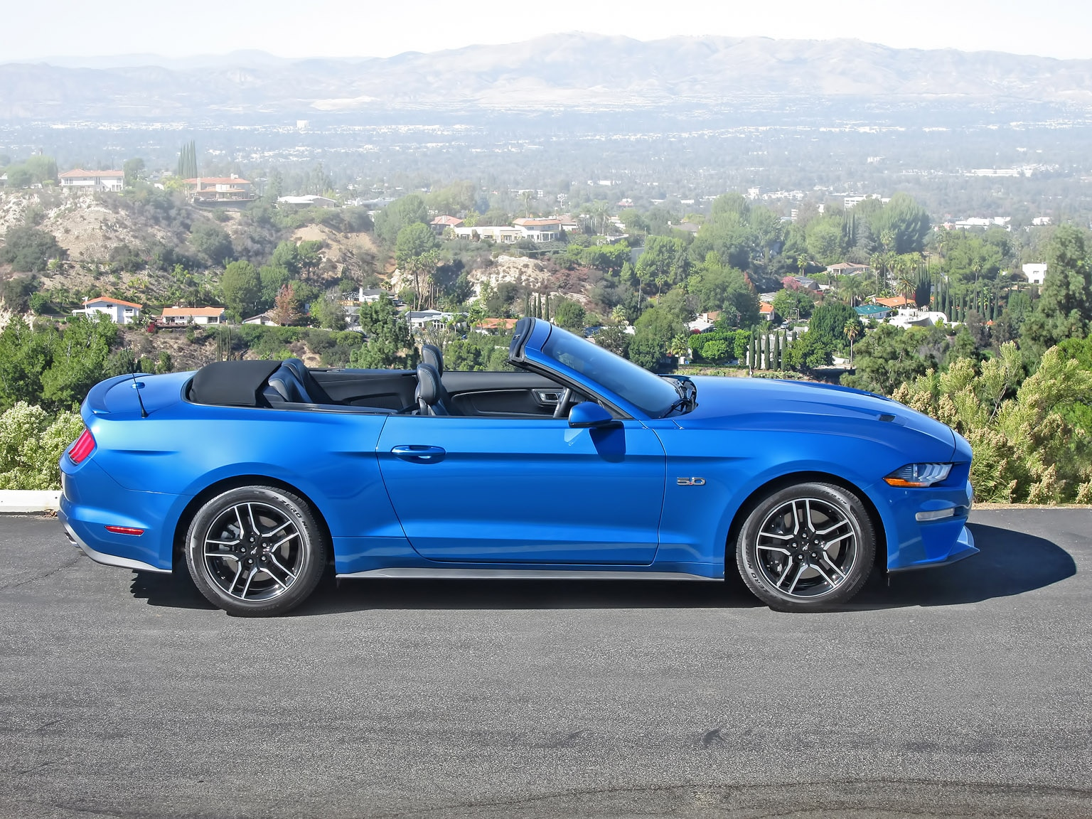One Week With: 2019 Ford Mustang GT Convertible Premium | Automobile Magazine