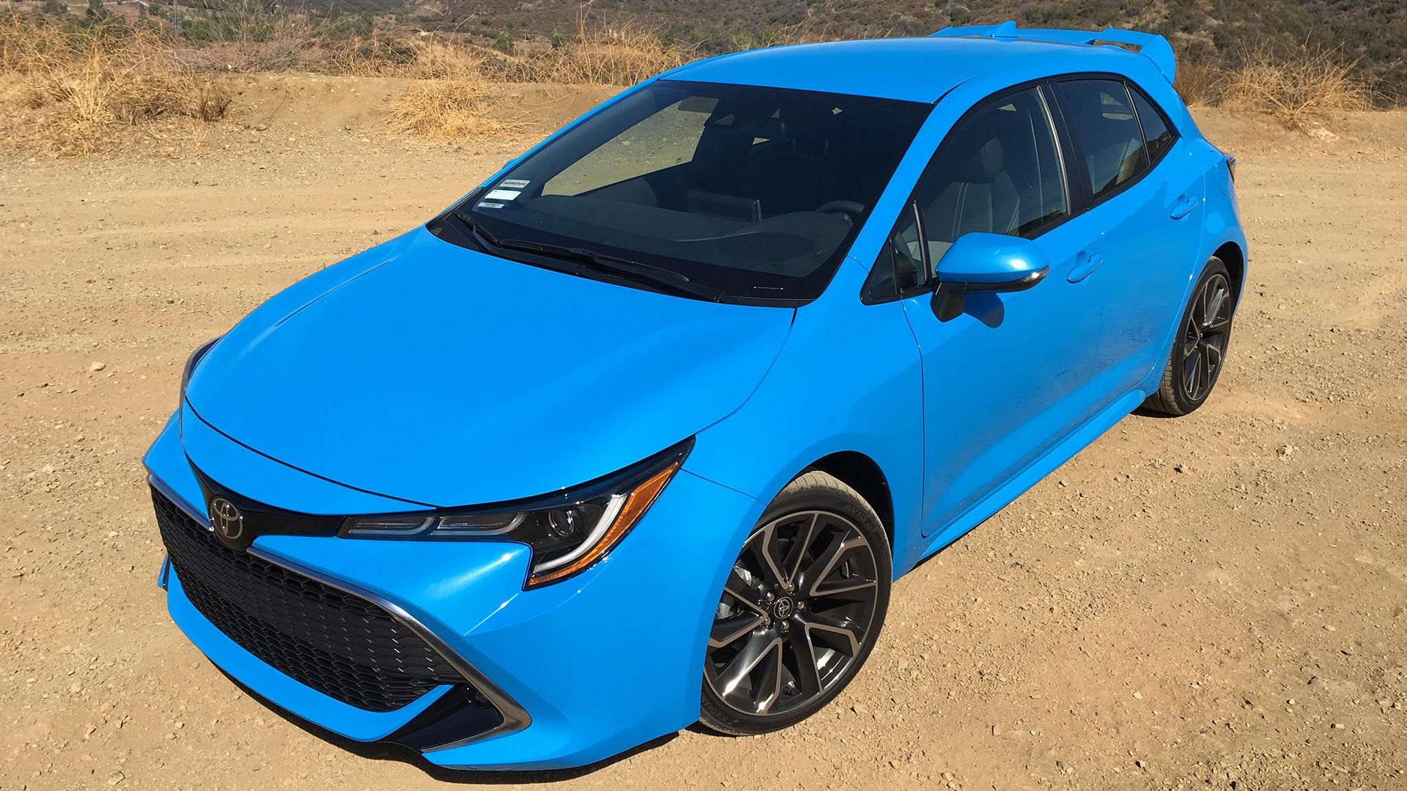 2019 Toyota Corolla XSE Hero