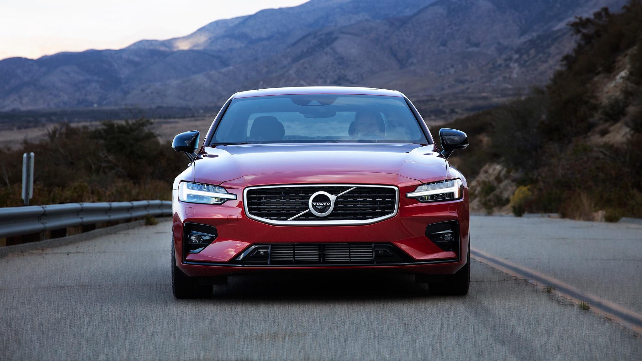 2019 Volvo S60 T6 R Design Front 2