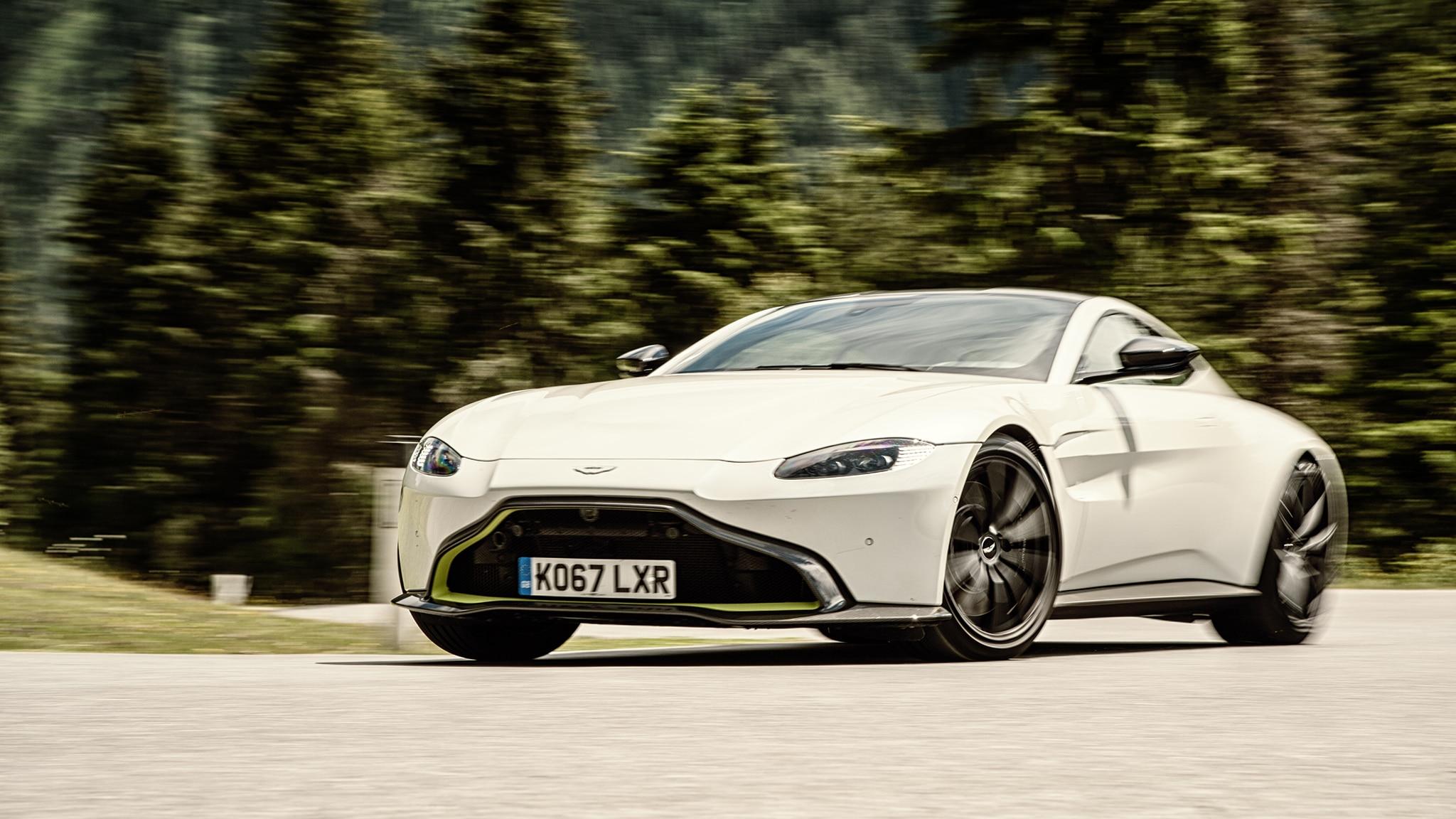 2019 Aston Martin Vantage vs  Mercedes-AMG GT C, Porsche 911
