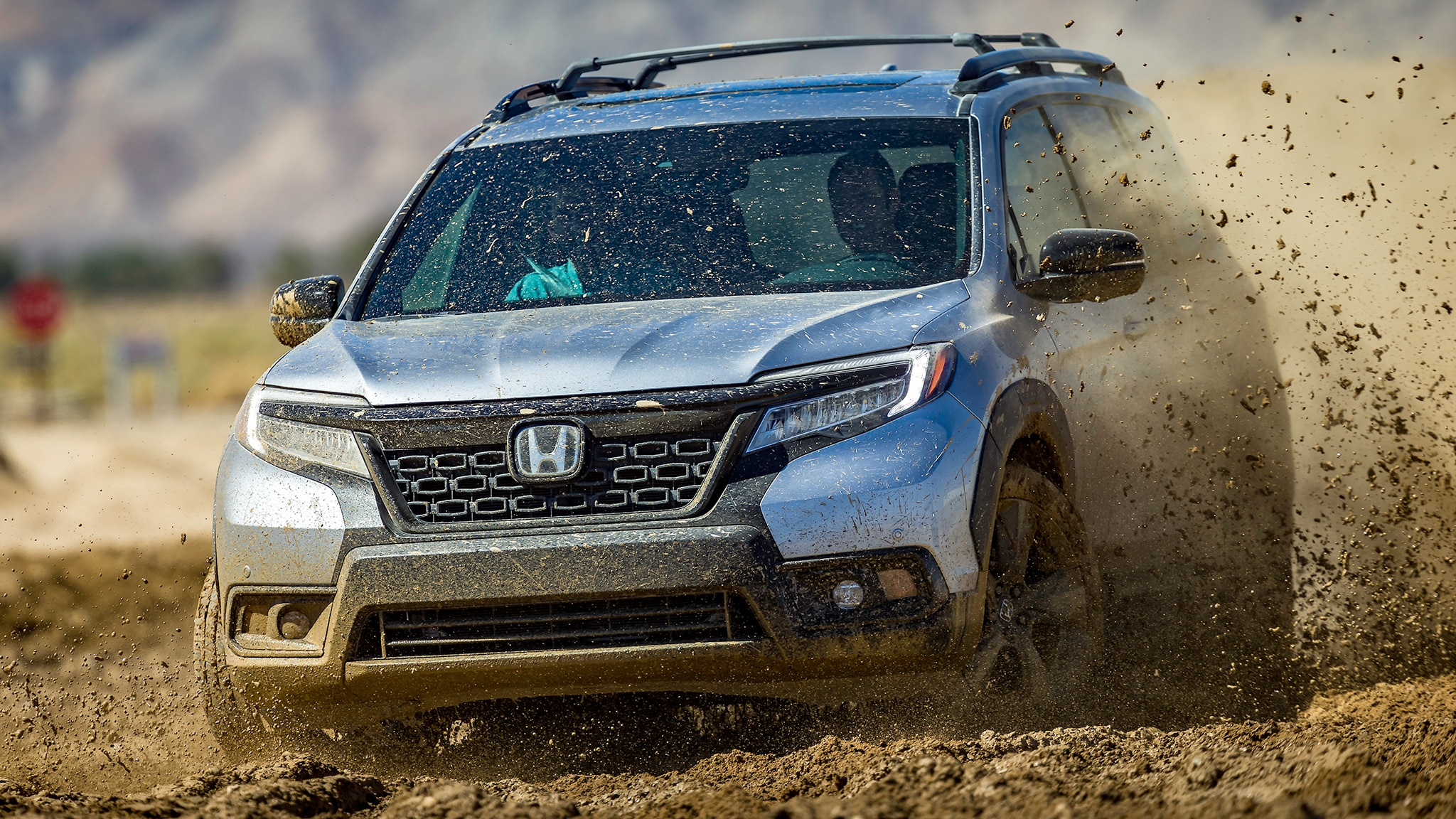 2019 Honda Passport With Accessory Roof Rack Running Boards And Fender Flares 3